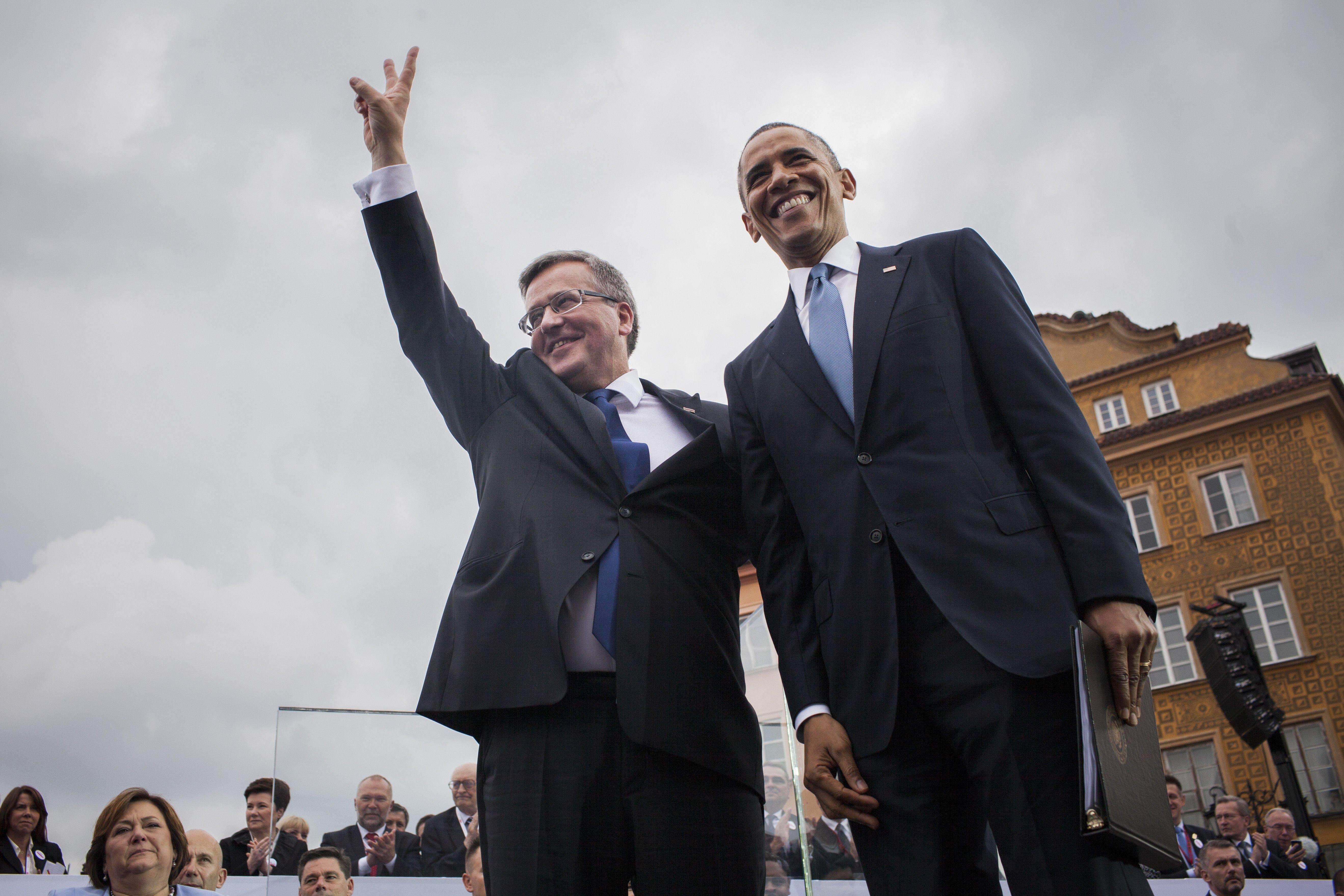 U.S. President Barack Obama and Polish President Bronislaw Komorowski during a speech to mark 25 years of Polish democracy in Warsaw on June 4, 2014.