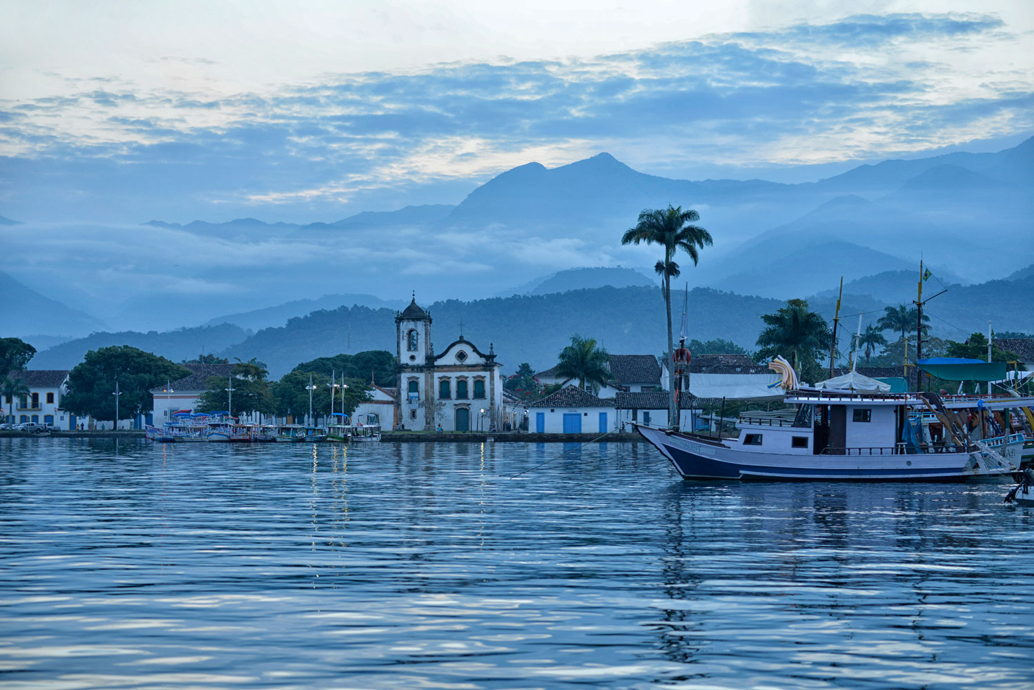 Paraty is a popular tourist destination and former Portuguese colony stuns visitors with its incredible waterfalls and mountain views.
