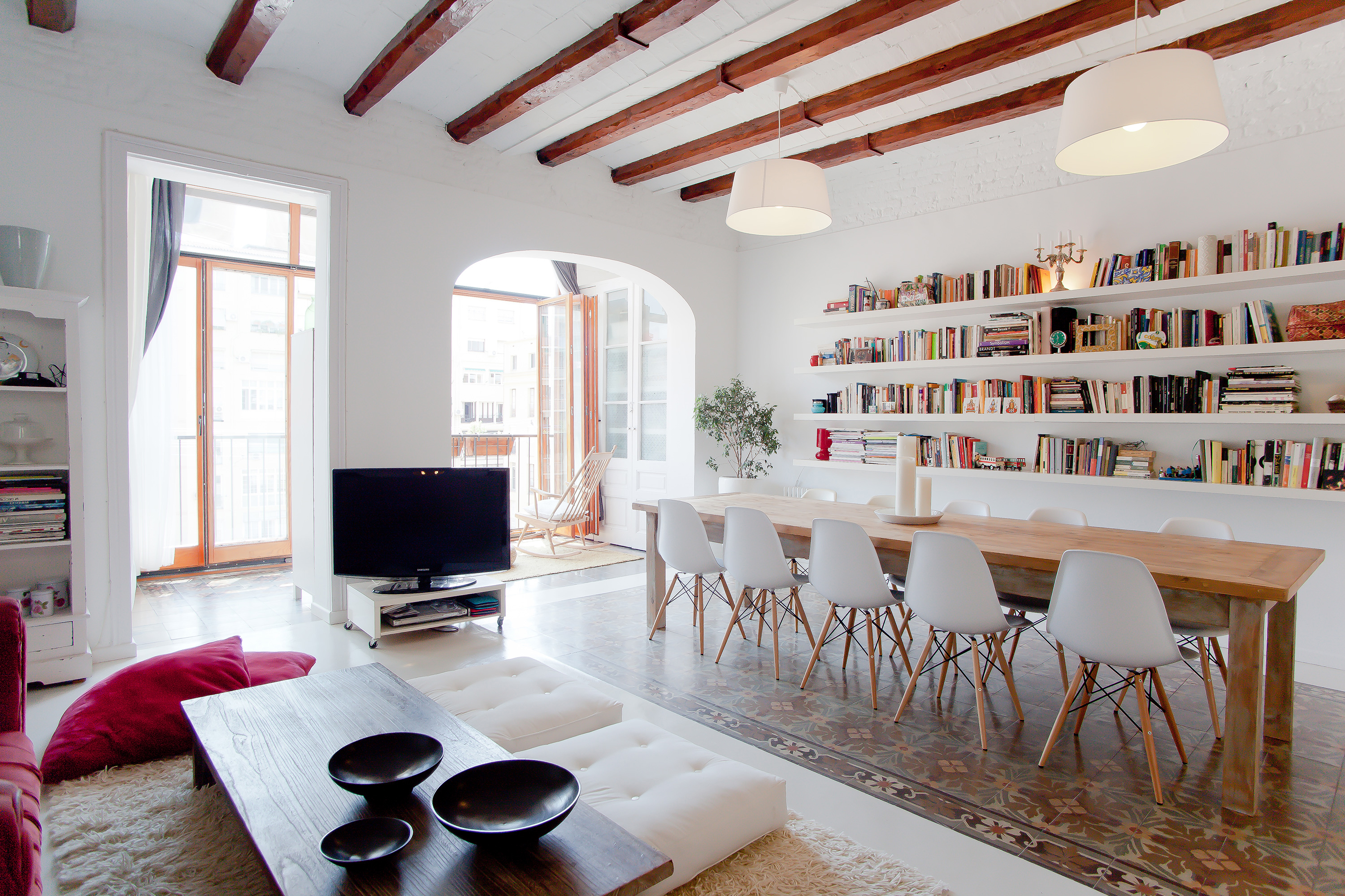 Apartment in Barcelona, Spain offered through airbnb.