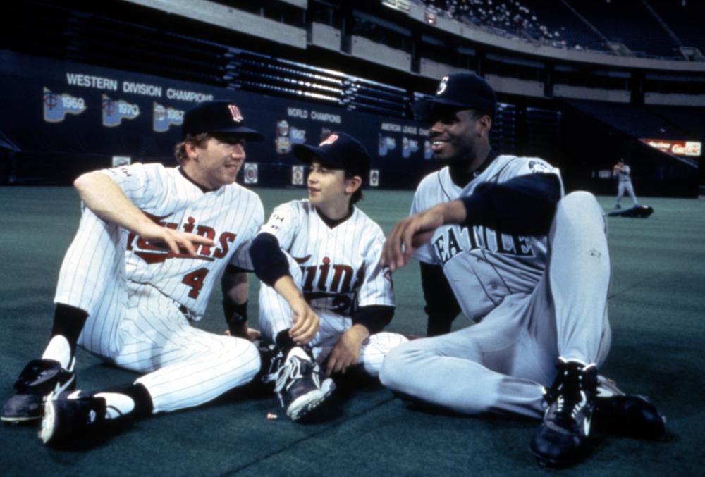 (From l.) Timothy Busfield, Luke Edwards and Ken Griffey Jr. enjoy a break on the set of 'Little Big League.'