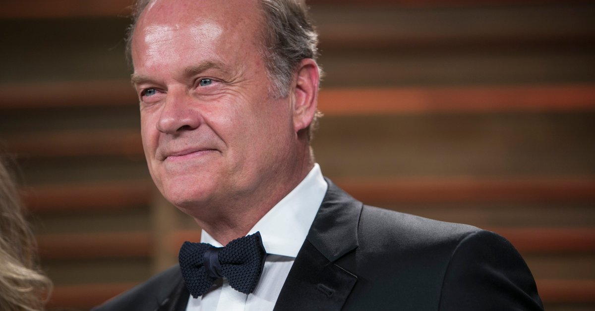 time.com: Kelsey Grammer Is Correcting Everyone's Grammar On Twitter