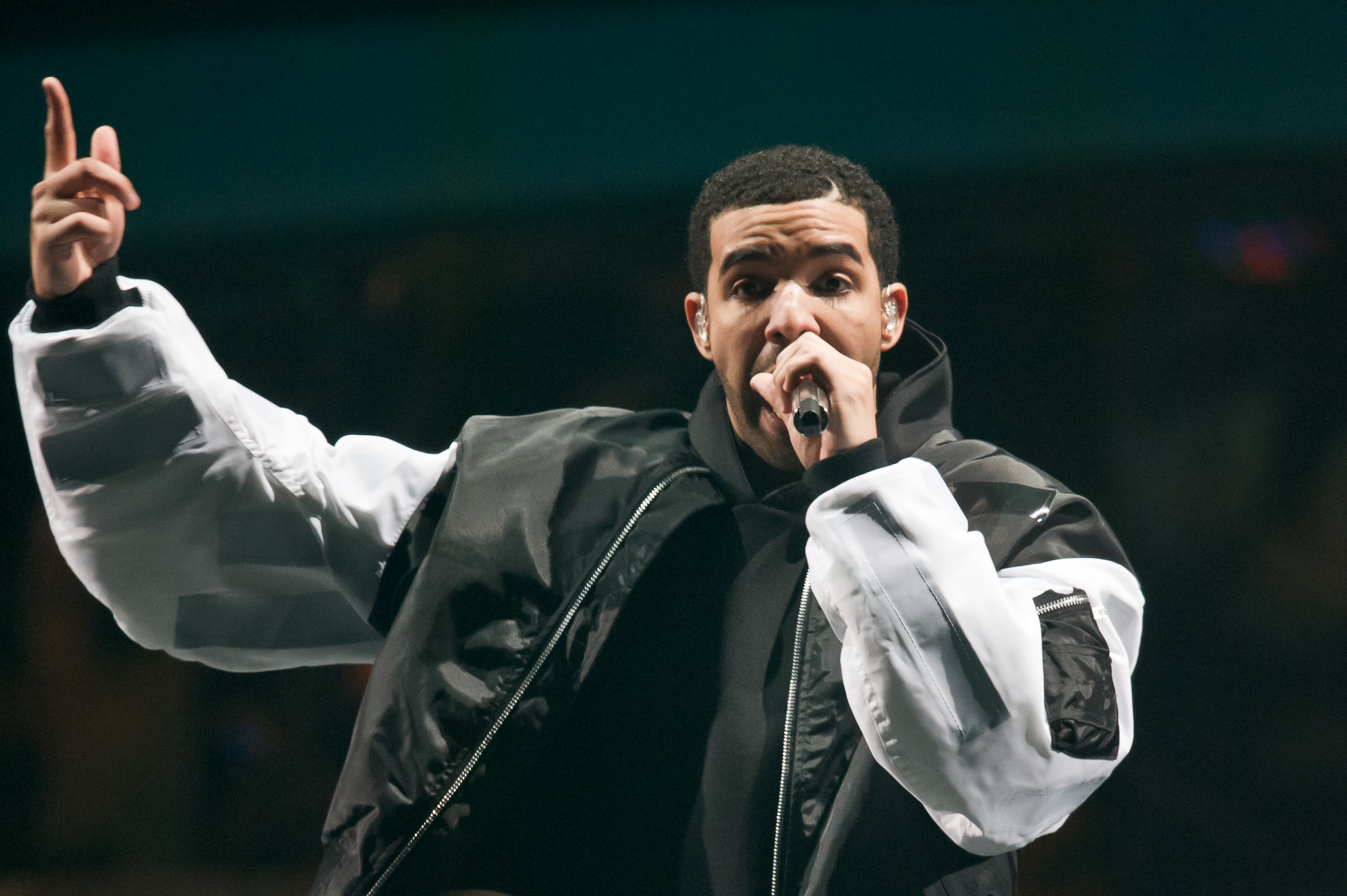 Drake performs on stage at O2 Arena on March 24, 2014 in London.