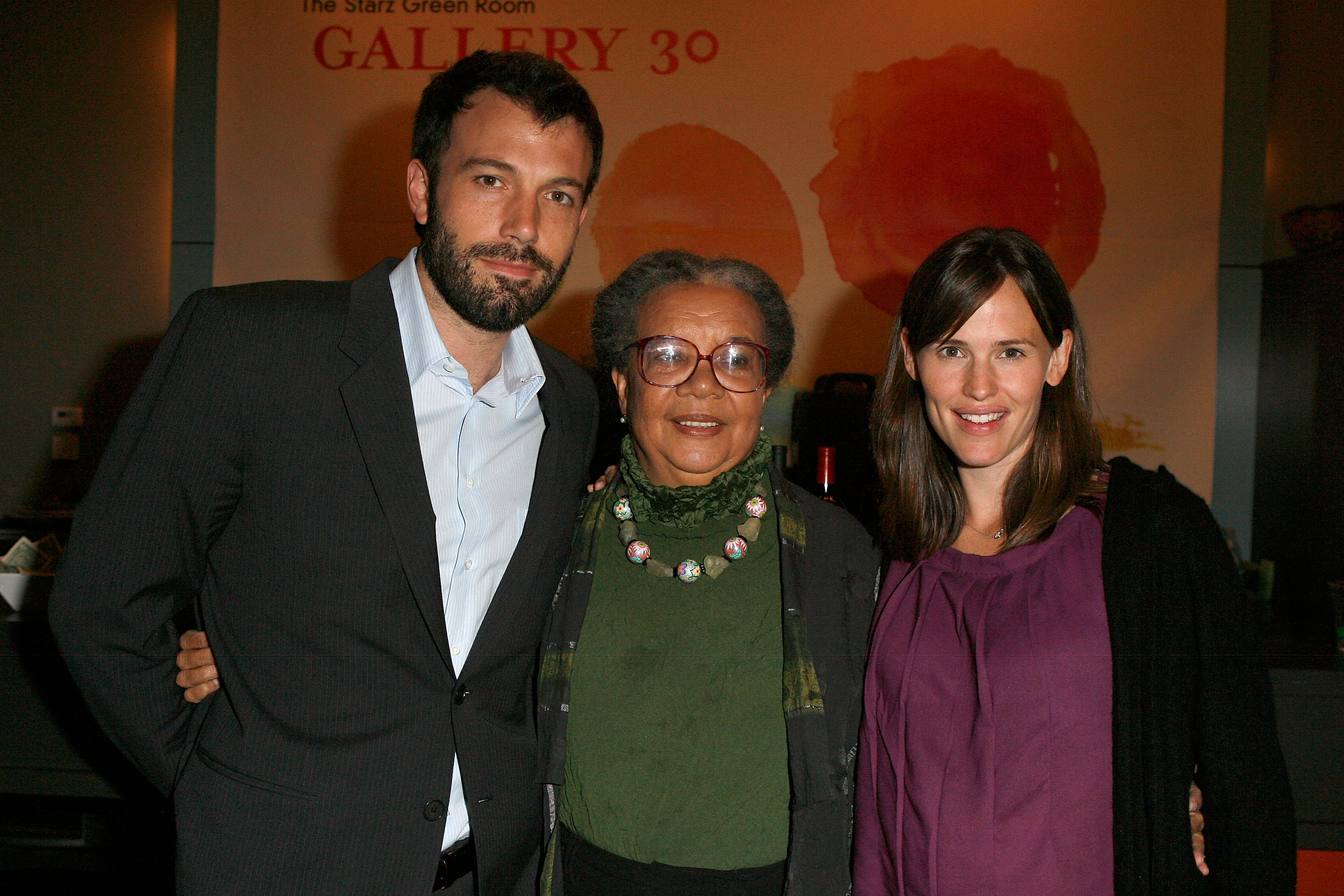 Actor Ben Affleck, Marian Wright Edelman and a pregnant Jennifer Garner attend the Sea Change Idea Forum Panel Discussion August 27, 2008 in Denver, Colorado. (Photo by Jeff Vespa/WireImage)