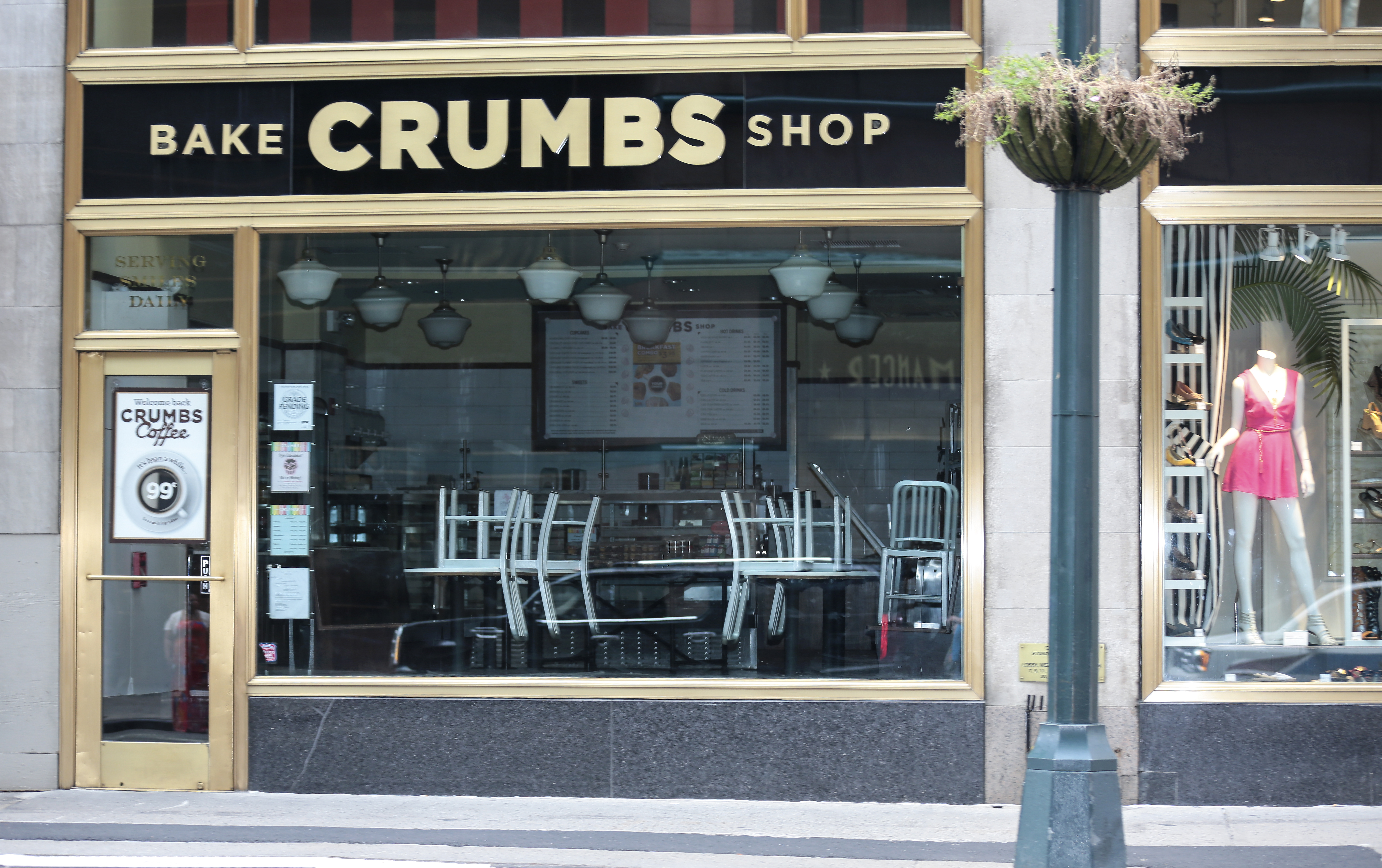 Crumbs Bake Shop, the country's largest specialty cupcake chain shut down its 50 stores in 10 states in New York, United States on 8 July, 2014.