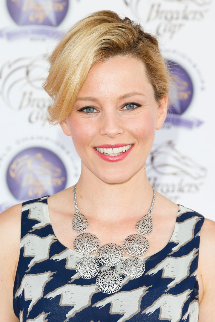 Actress Elizabeth Banks attends The Breeders' Cup World Championships on November 3, 2012 in Arcadia, California.