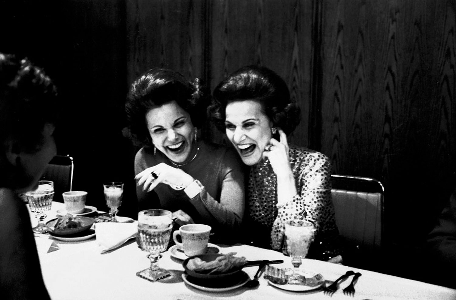 "Eppie Lederer and Pauline Phillips (1918): The twin sisters gave advice to millions of Americans for nearly fifty years. Lederer took over the ""Ask Ann Landers"" column in 1955 and a her sister began a rival column, ""Dear Abby."""