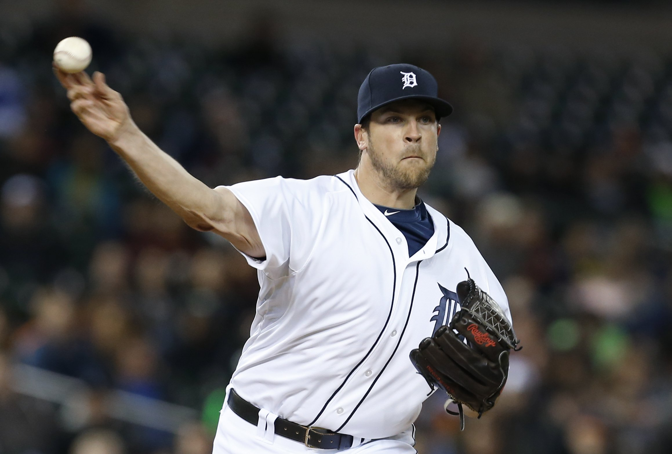 Detroit Tigers pitcher Evan Reed throws against the Houston Astros in the seventh inning of a baseball game in Detroit on May 6, 2014.