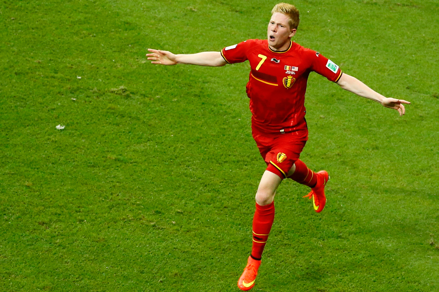 Belgium's Kevin De Bruyne celebrates scoring a goal against the U.S. during extra time in their 2014 World Cup round of 16 game at the Fonte Nova arena, July 1, 2014.