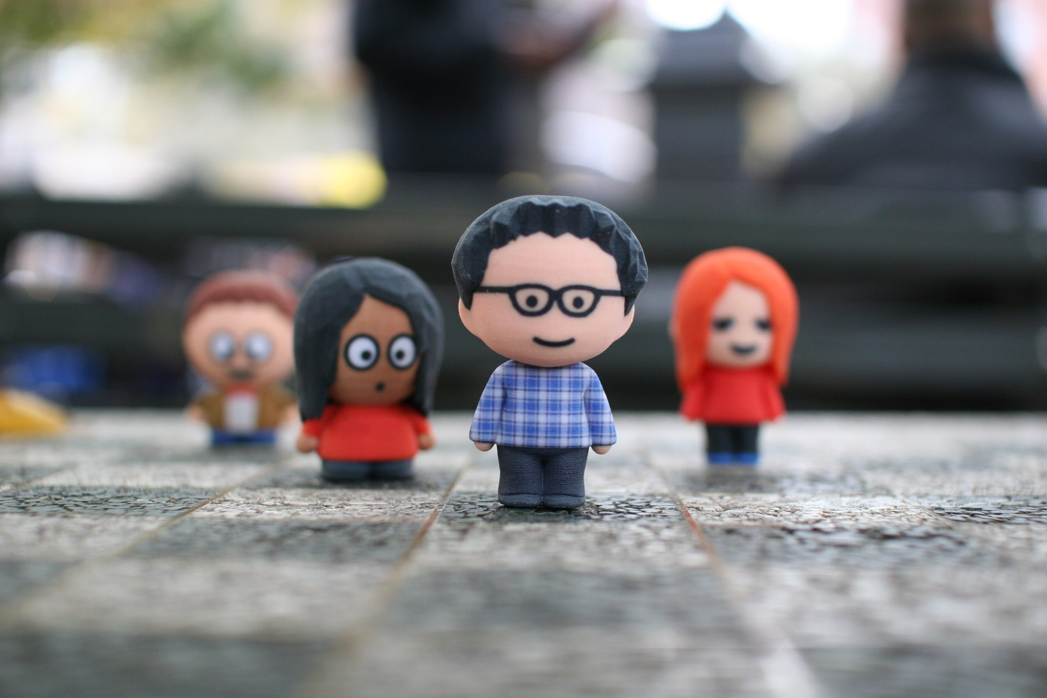 Mixee Labs customizable 3D printed bobble heads, one of the products available in Amazon's 3D printing store.