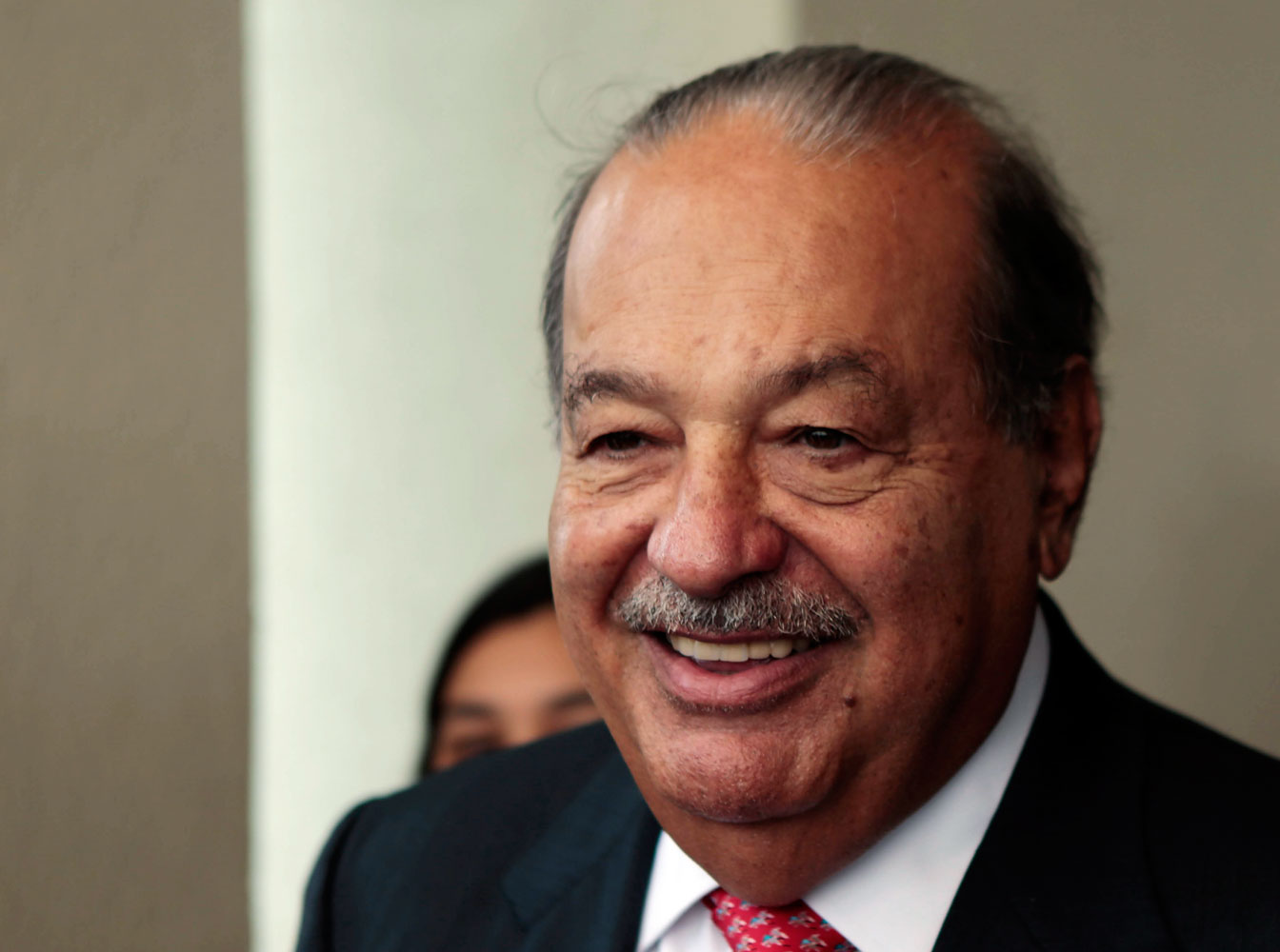 Mexican businessman Carlos Slim attends the 20th annual meeting of the Circulo de Montevideo Fundation in Luque, Paraguay July 17, 2014.