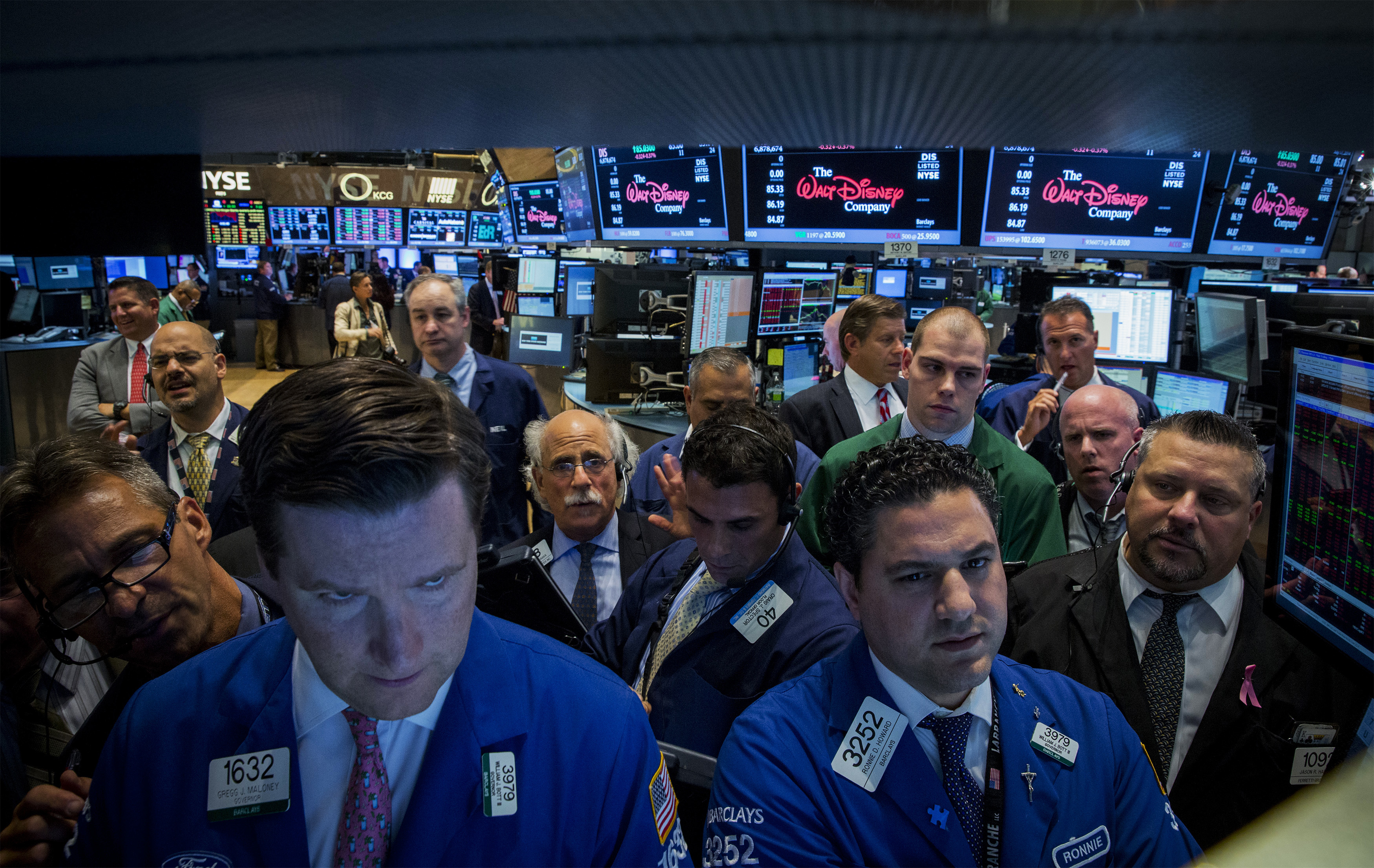 Traders work on the floor of the New York Stock Exchange July 17, 2014. U.S. stocks fell sharply lower on Thursday.