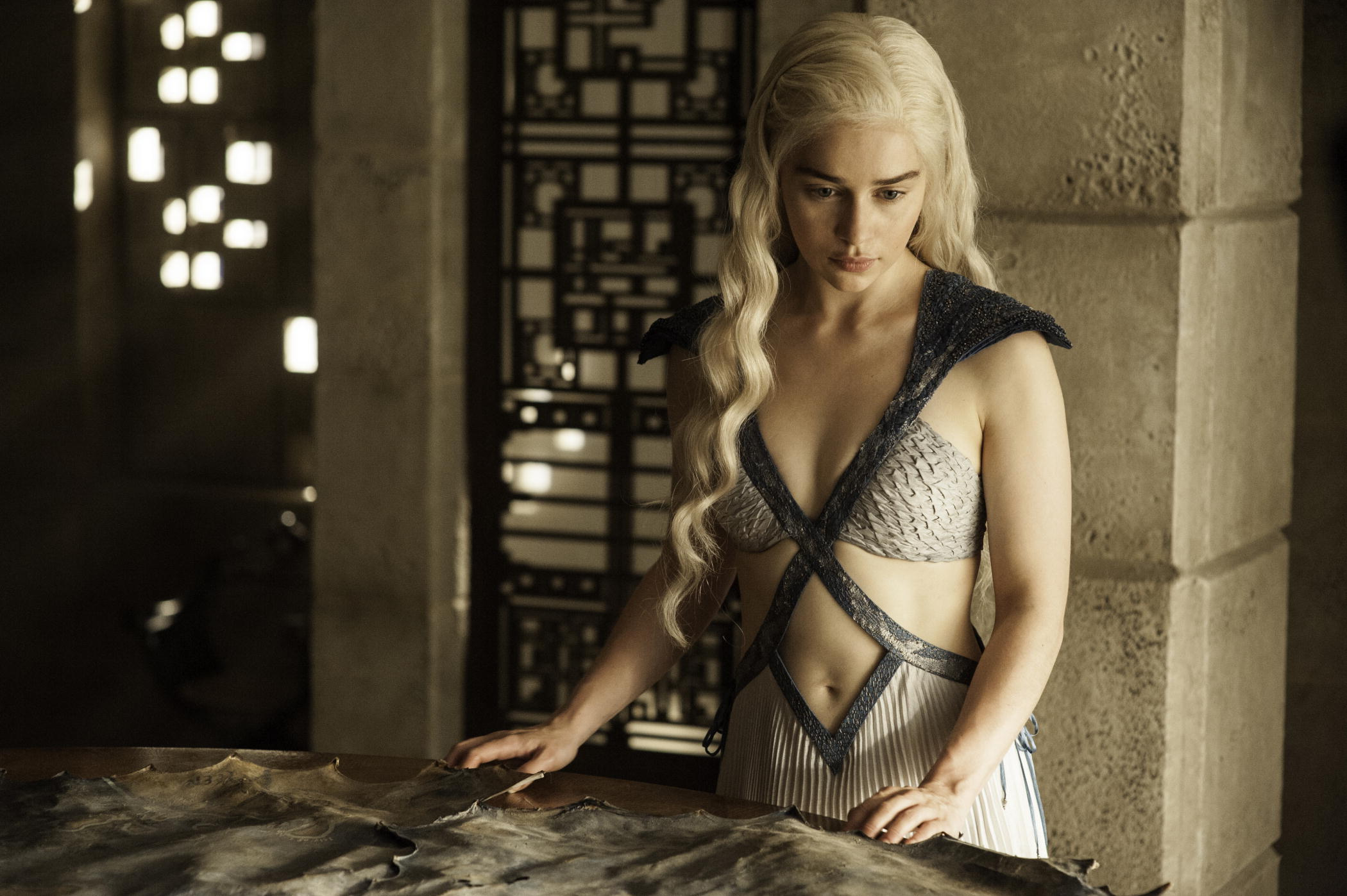 Emilia Clarke plays Daenerys Targaryen in  Game of Thrones.