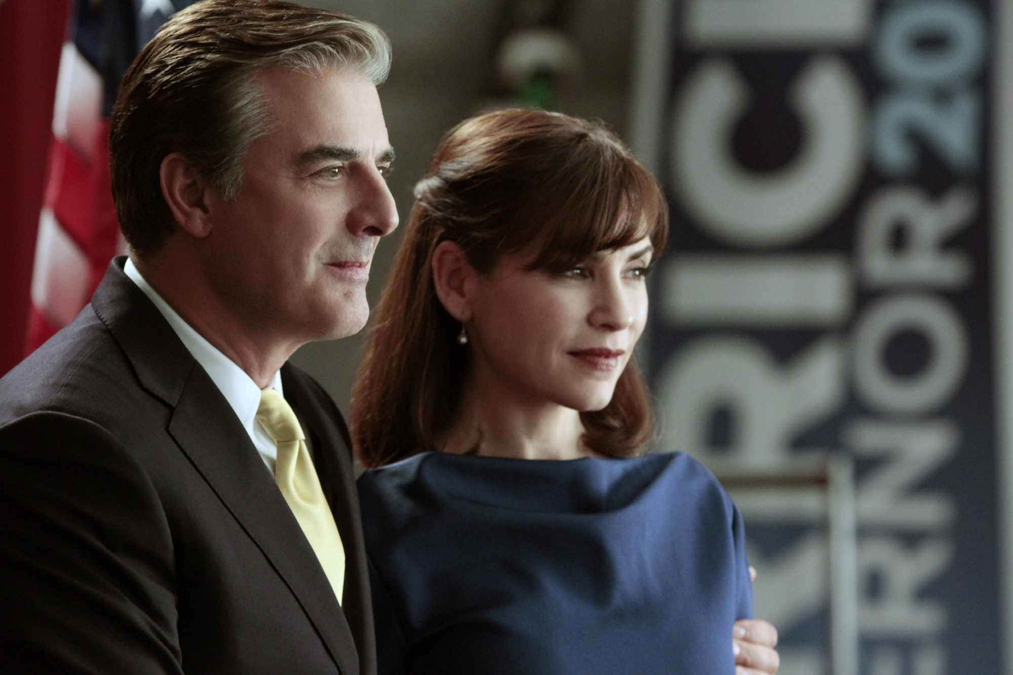 Alicia (Julianna Margulies, right) joins her estranged husband, Peter (Chris Noth. left), in a show of support as he announces his candidacy for governor, on  The Good Wife.