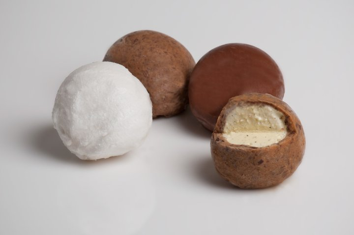WIKICELL_Coconut-Mango.Vanilla-Choco.Vanilla-CookieDough ©PHASE_ONE_PHOTOGRAPHY