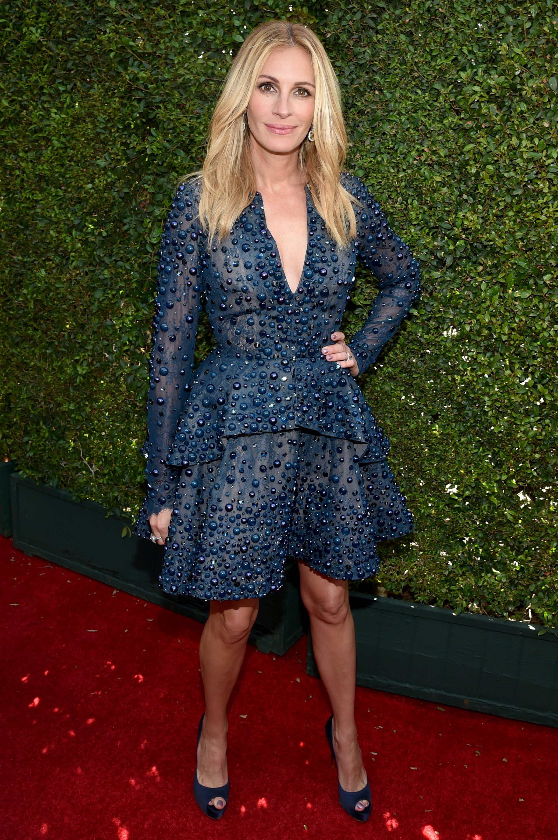 Julia Roberts arrives at the 66th Primetime Emmy Awards at the Nokia Theatre L.A. Live on Monday, Aug. 25, 2014, in Los Angeles.