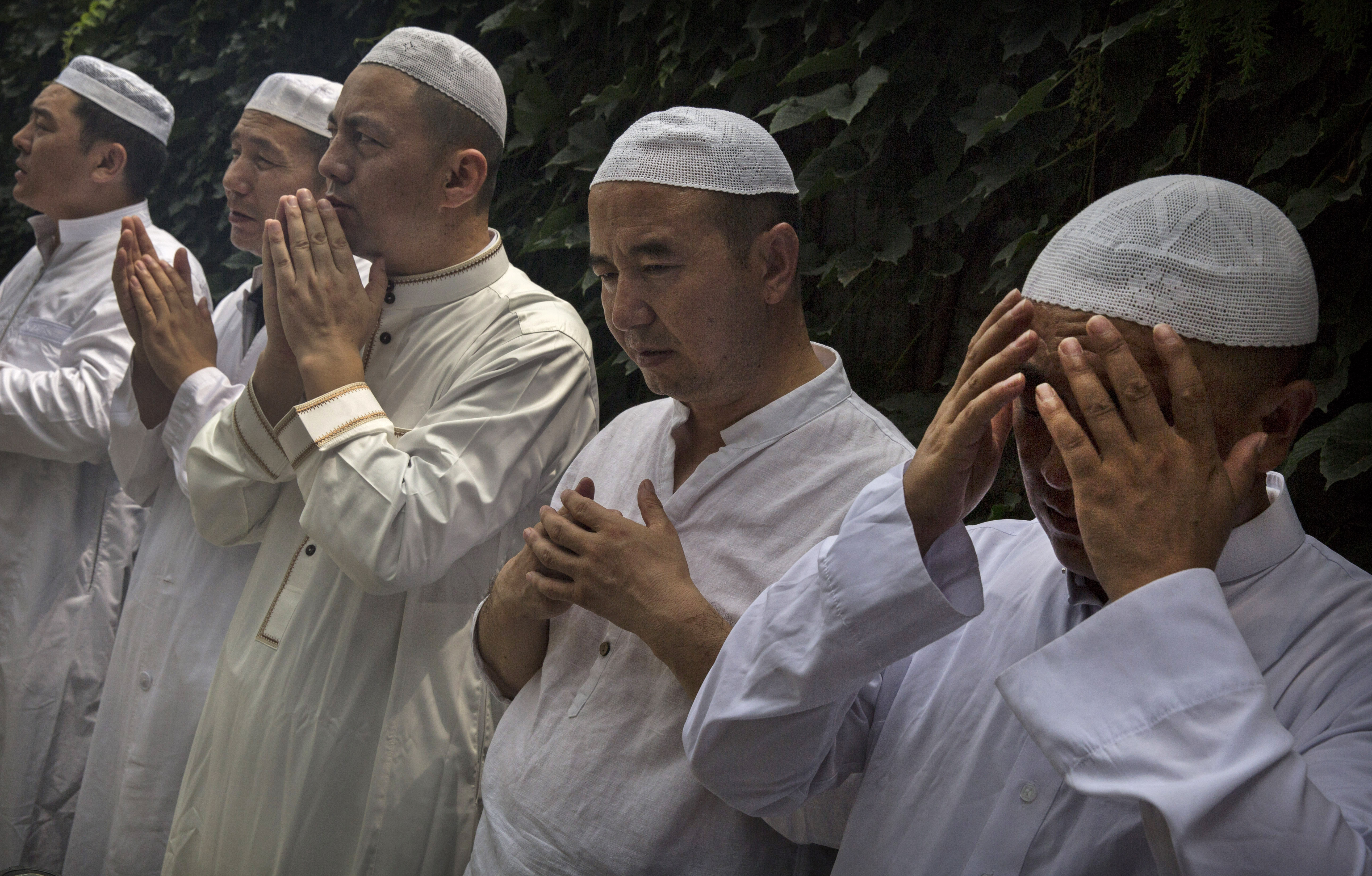 islam in china why beijing oppresses uighurs but not the hui time 2