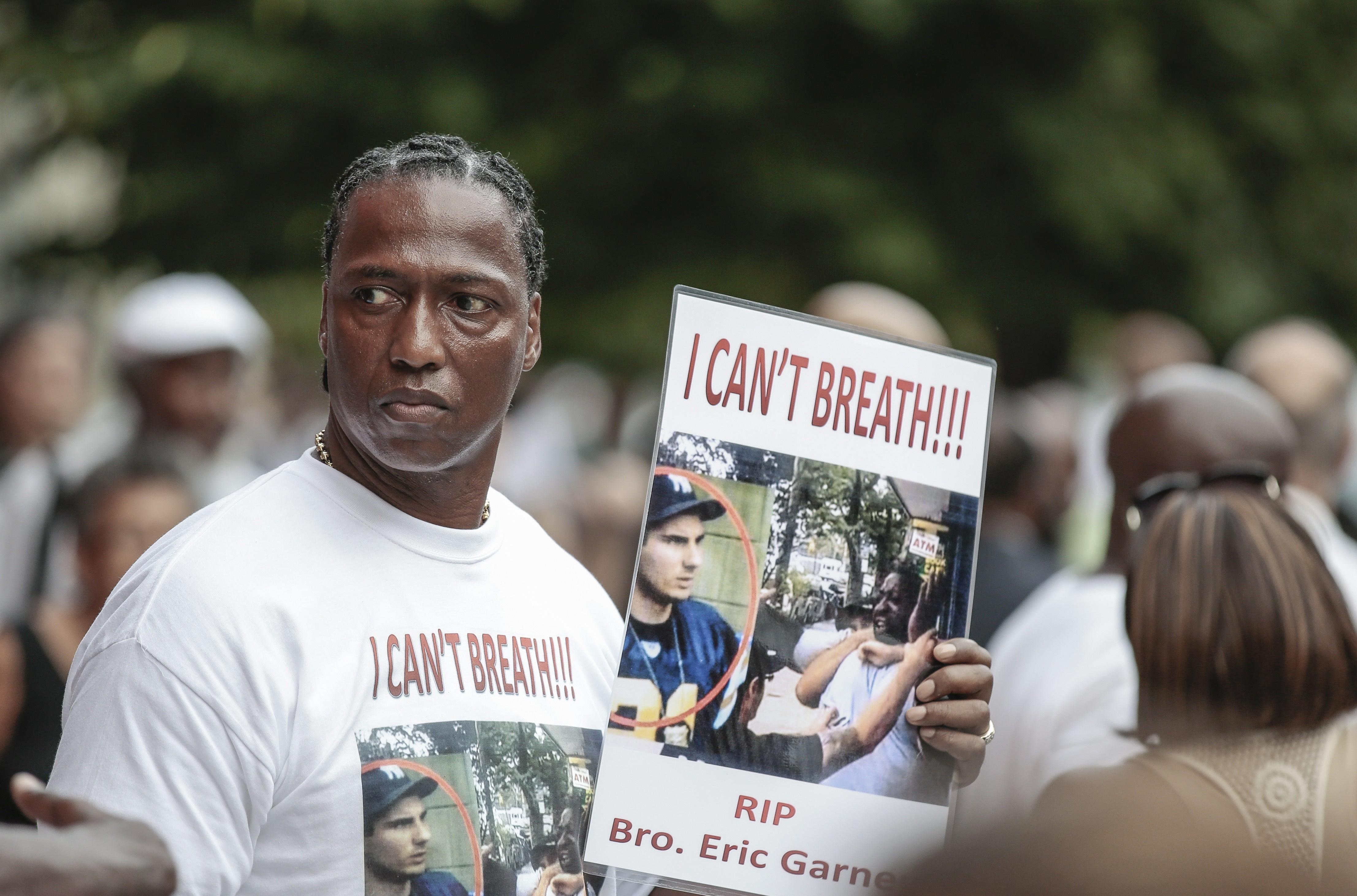 People and relatives attend the funeral ceremony of Eric Garner who died after NYPD cops put him in a banned chokehold.