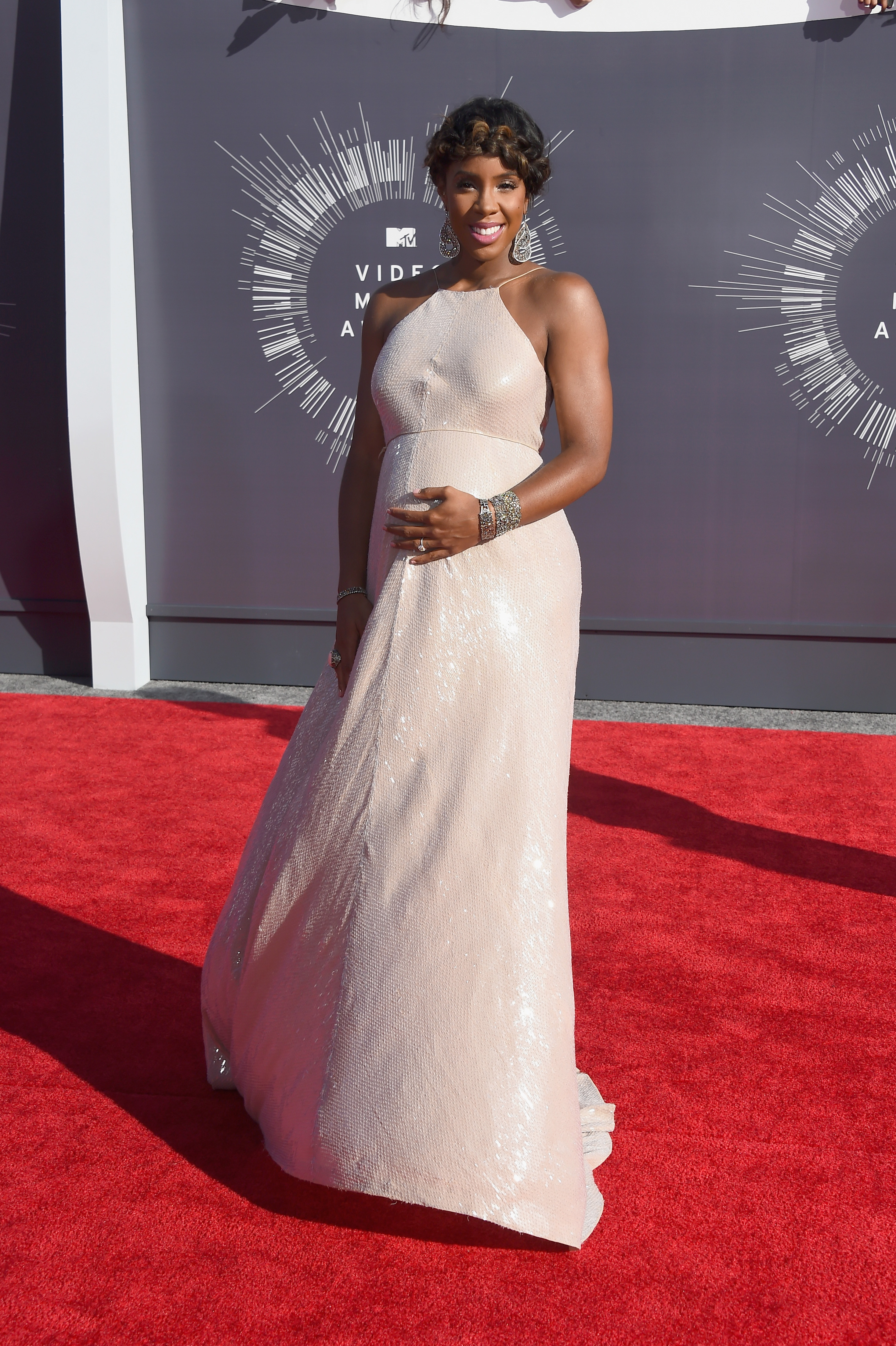 Kelly Rowland attends the 2014 MTV Video Music Awards at The Forum on August 24, 2014 in Inglewood, California.