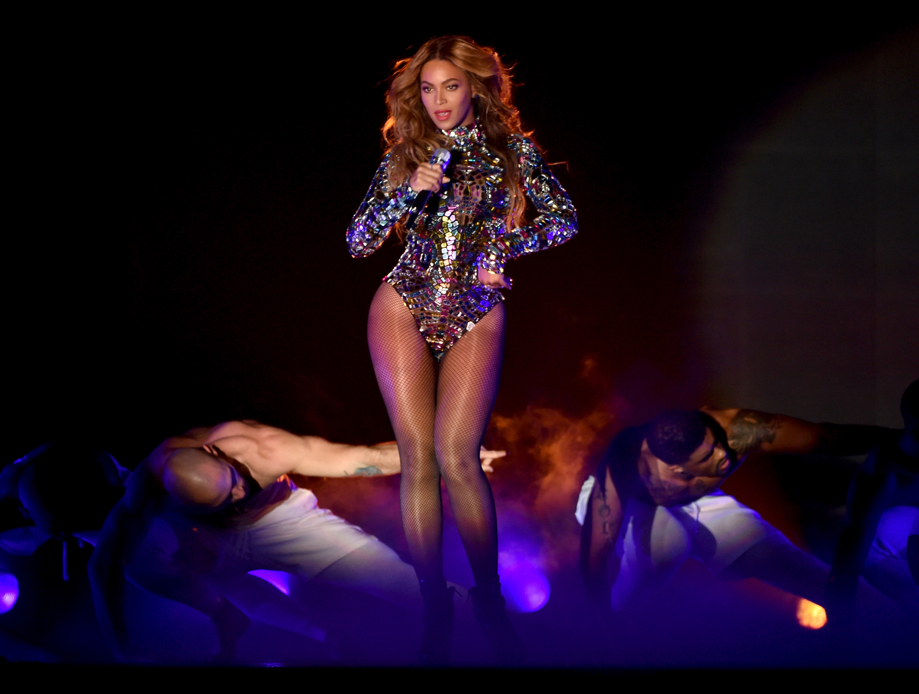 Singer Beyonce performs onstage during the 2014 MTV Video Music Awards at The Forum on August 24, 2014 in Inglewood, California.