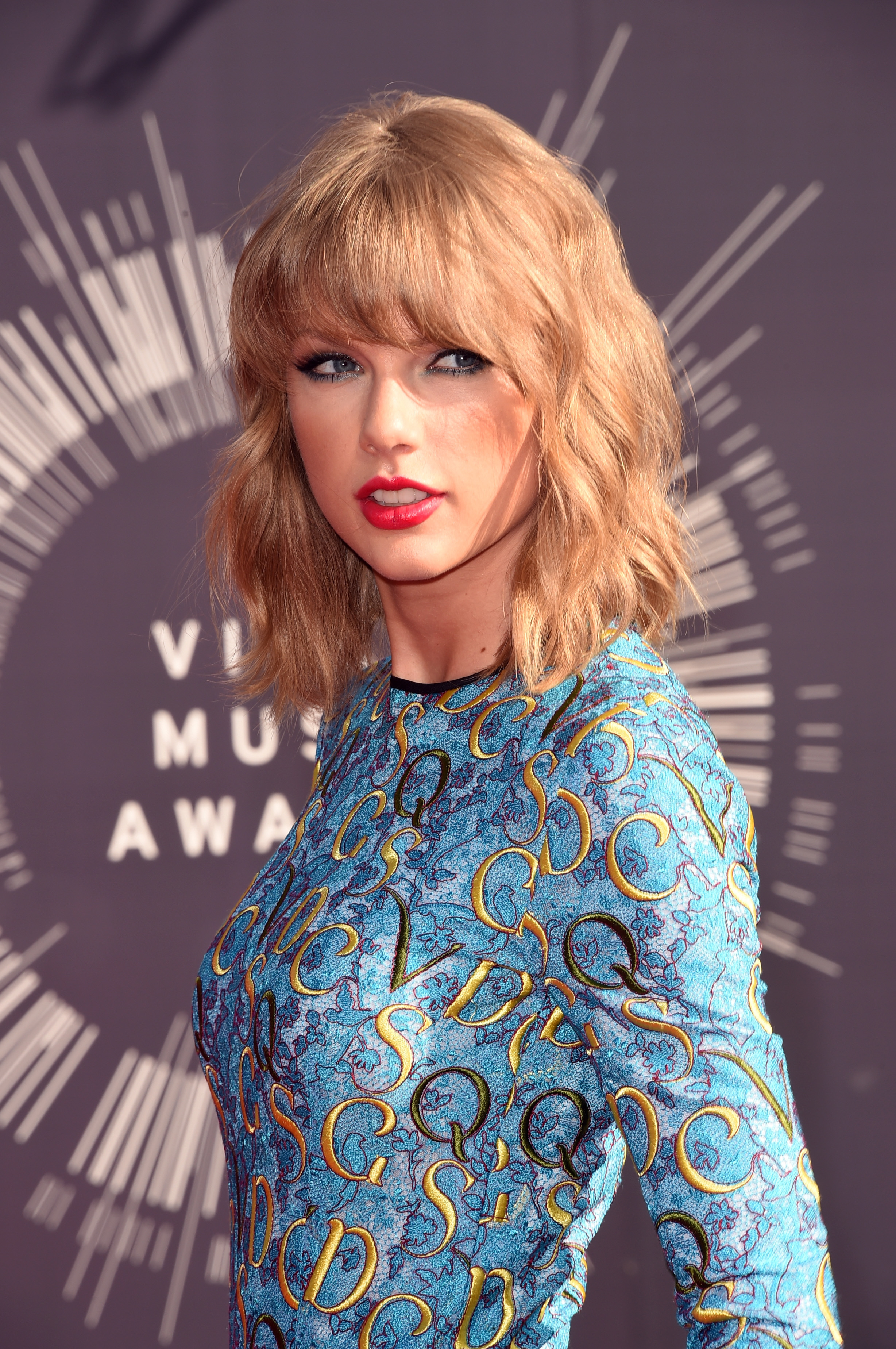 Taylor Swift attends the 2014 MTV Video Music Awards at The Forum on August 24, 2014 in Inglewood, California.