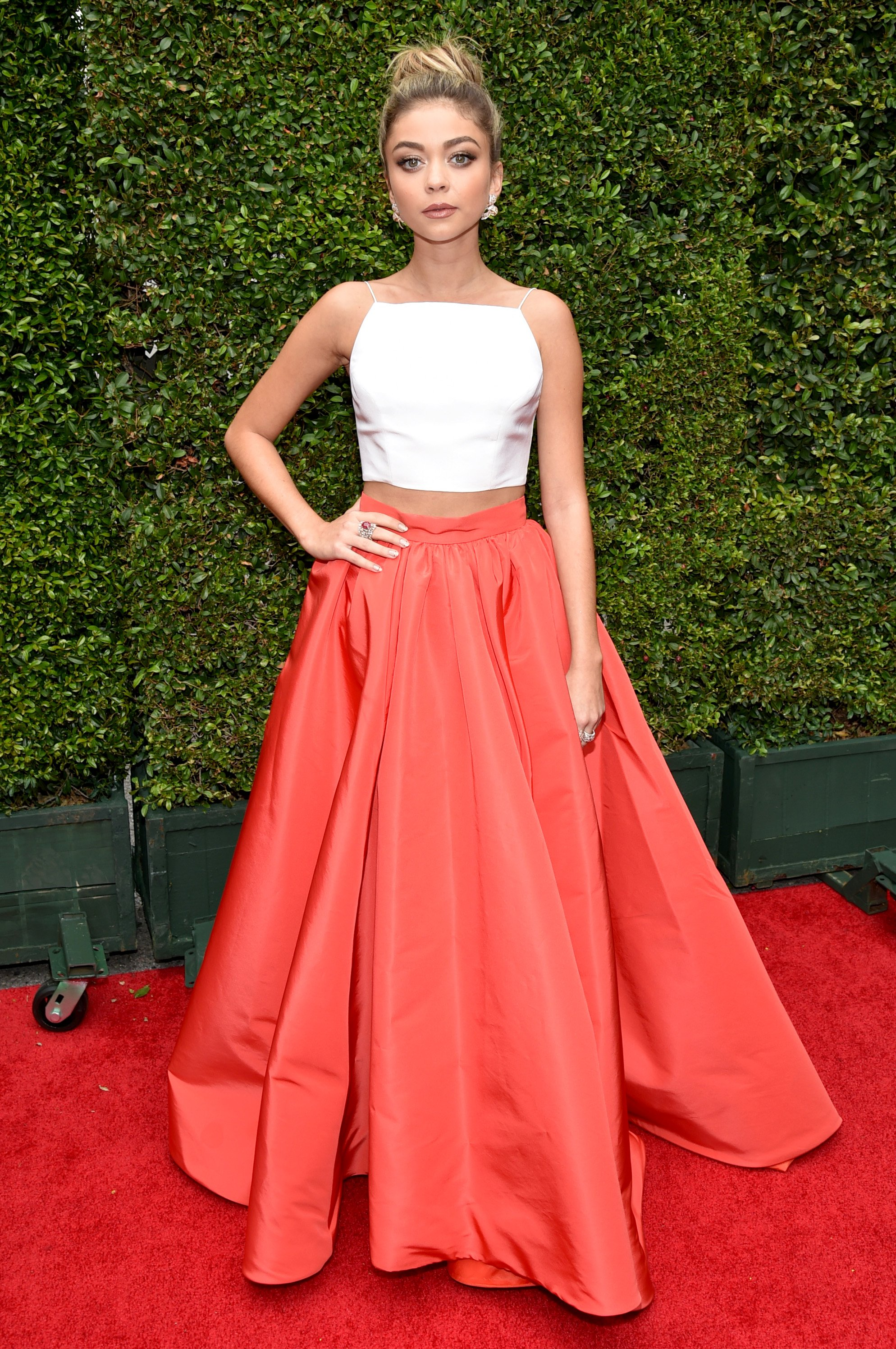 Sarah Hyland arrives at the 66th Primetime Emmy Awards at the Nokia Theatre L.A. Live on Monday, Aug. 25, 2014, in Los Angeles.