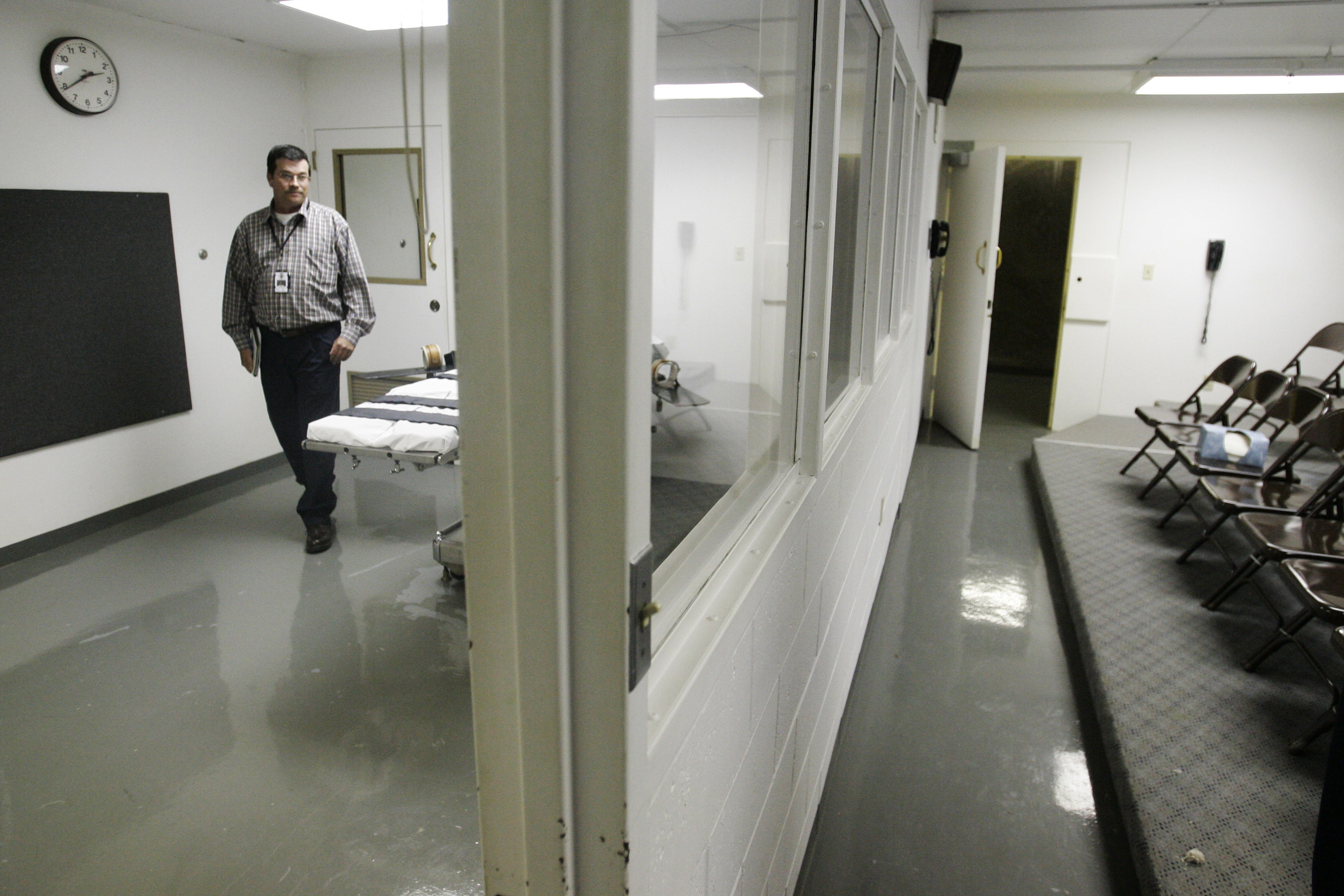 The execution chamber at the Oklahoma prison where Clayton Lockett was put to death in 2014