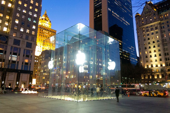 A general view of the glass cube facade of the Fifth Avenue Apple store in front of the Plaza Hotel on February 9, 2012 in New York City.