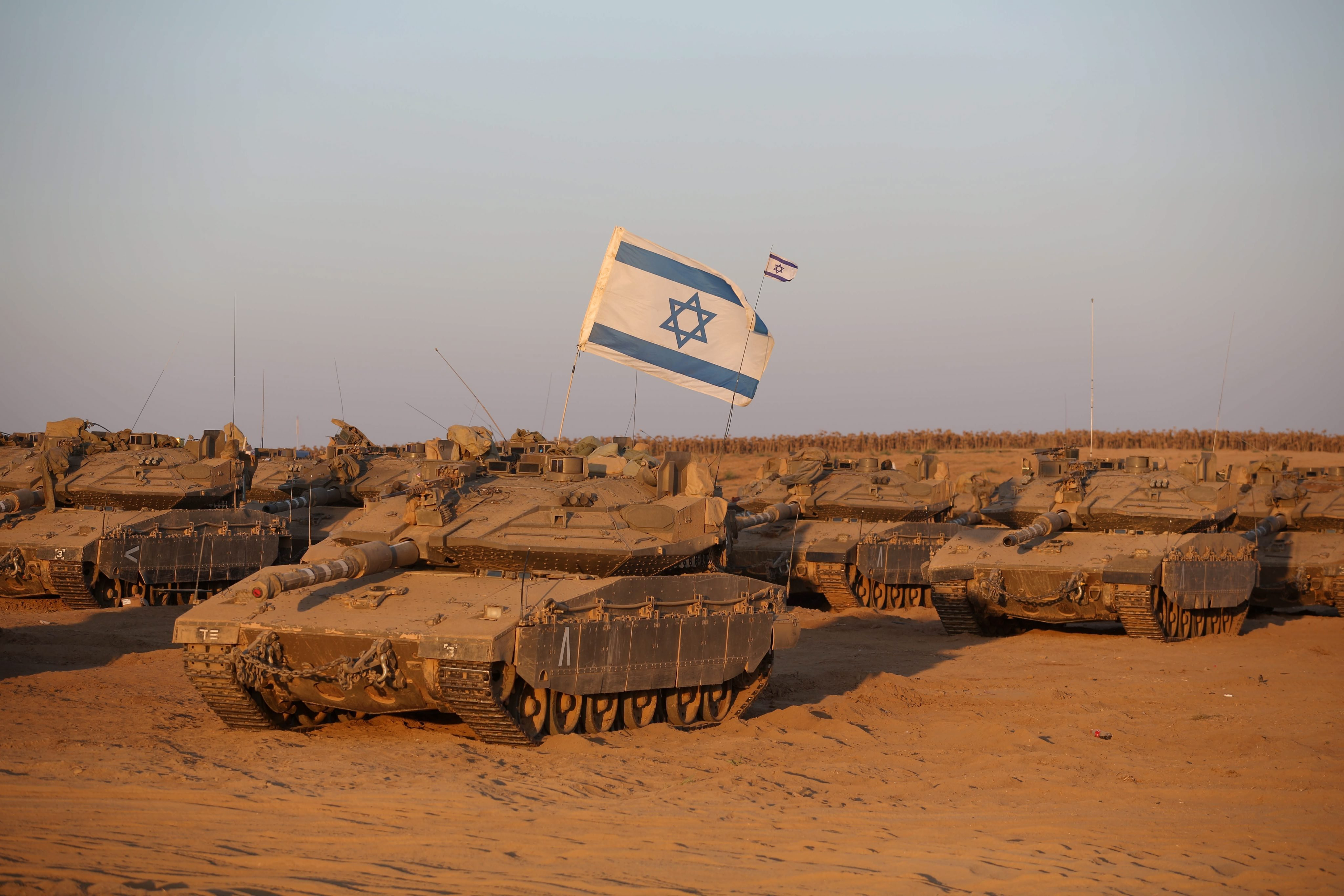 A general view of a  Merkava tanks near the Israeli border with the Gaza Strip, 11 August 2014.