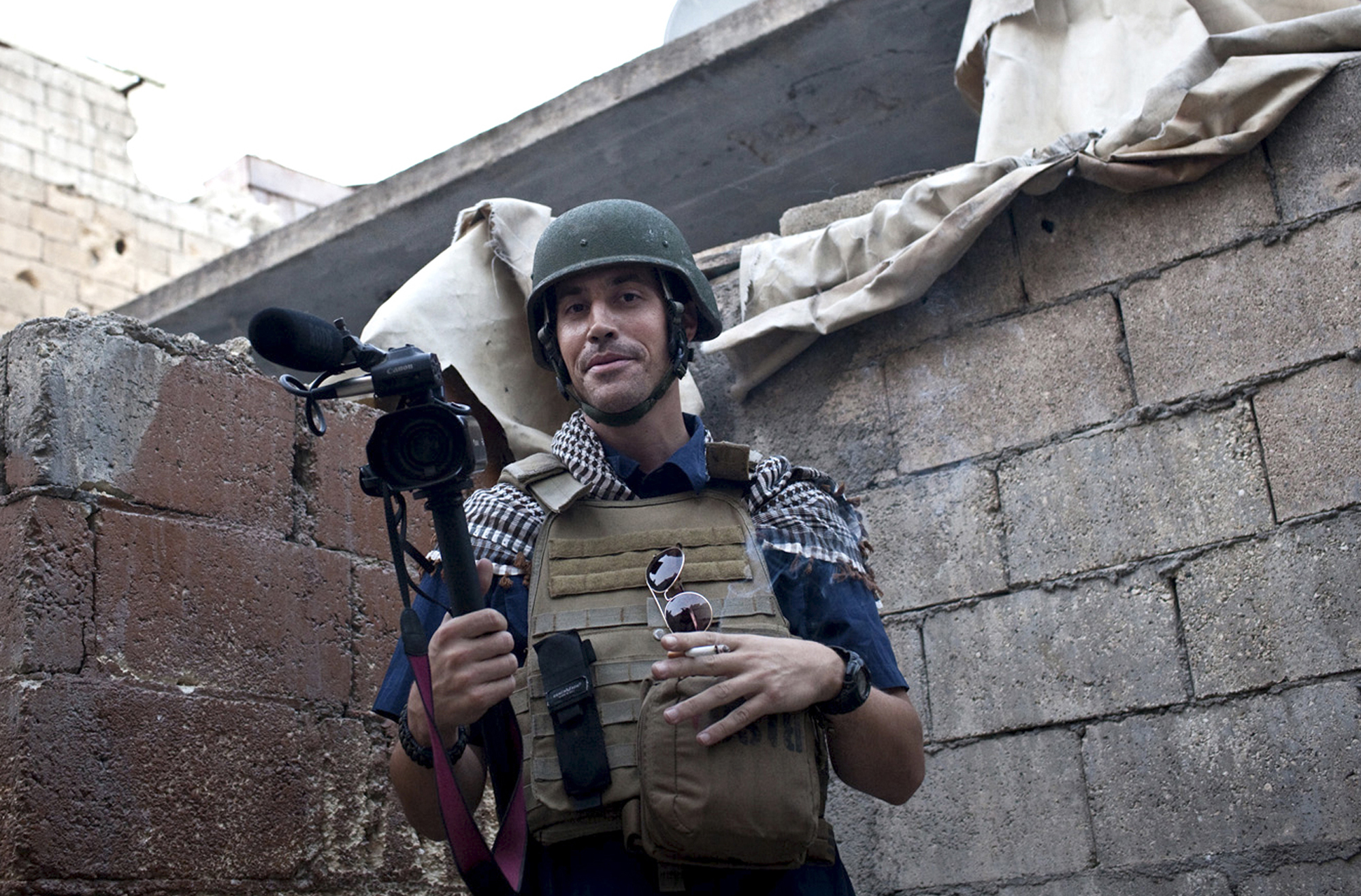 Journalist James Foley covers the civil war in Aleppo, Syria, in November 2012.