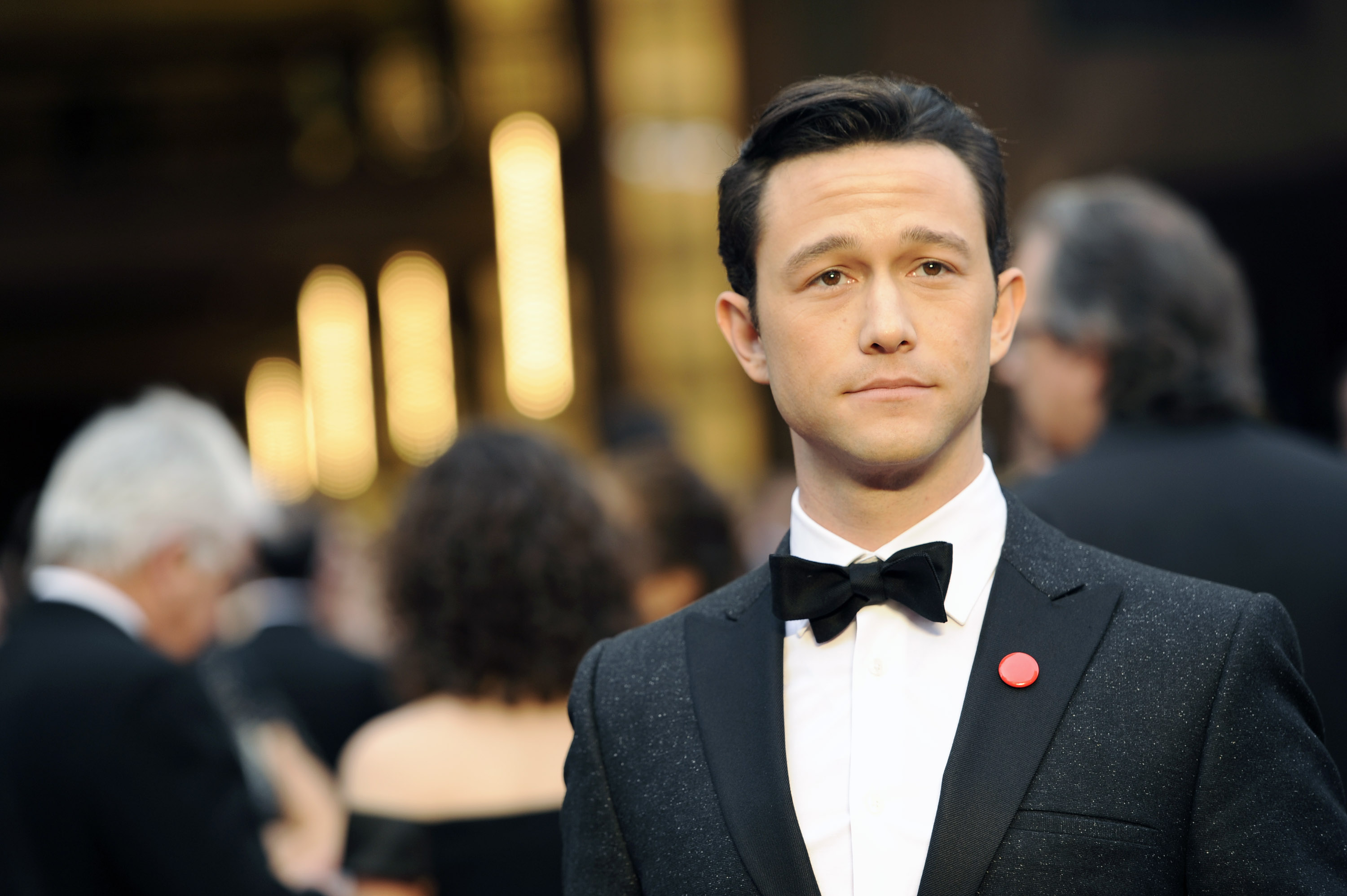 Joseph Gordon-Levitt arrives at the Oscars on March 2, 2014, at the Dolby Theatre in Los Angeles.