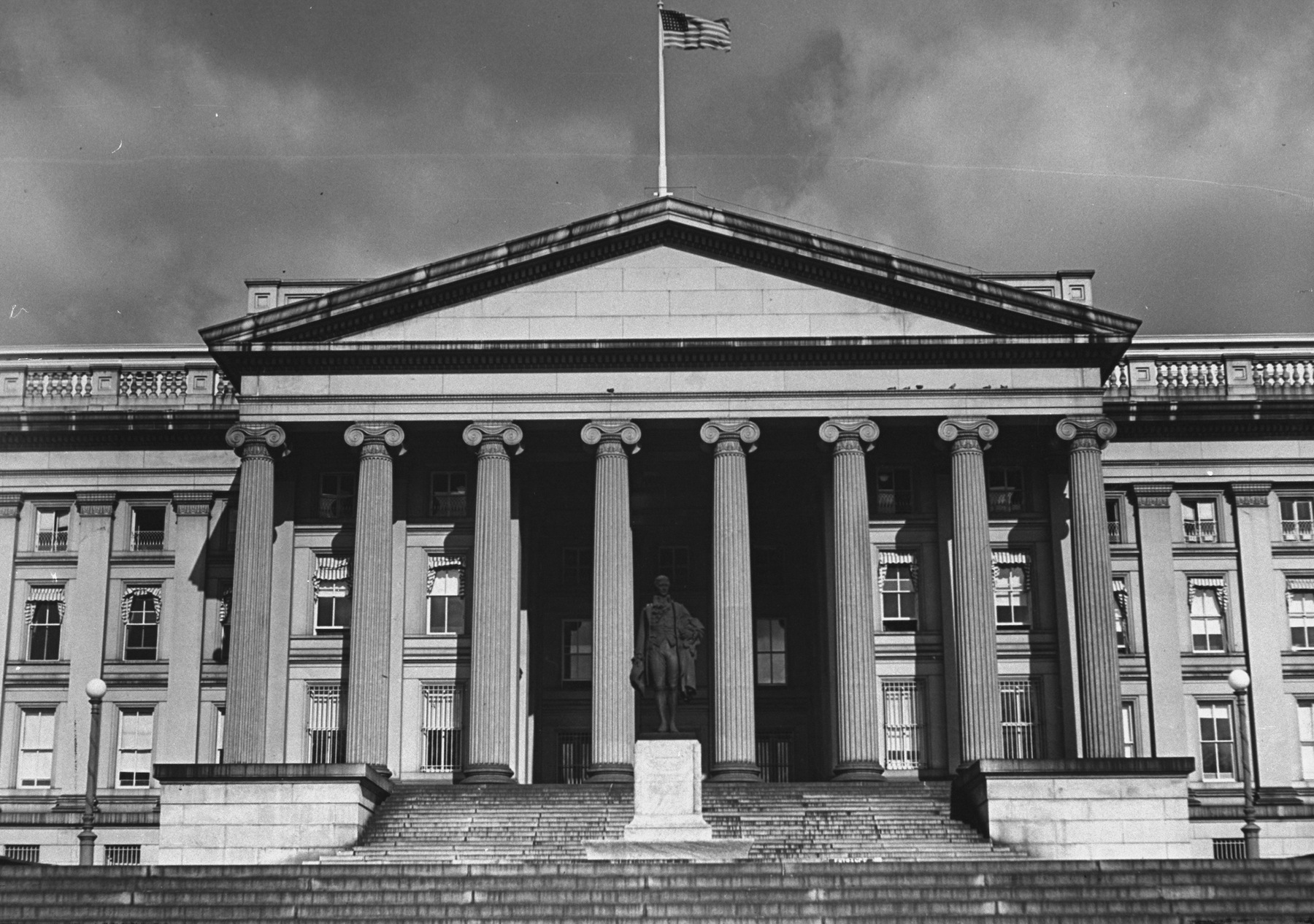 The U.S. Treasury building in 1937