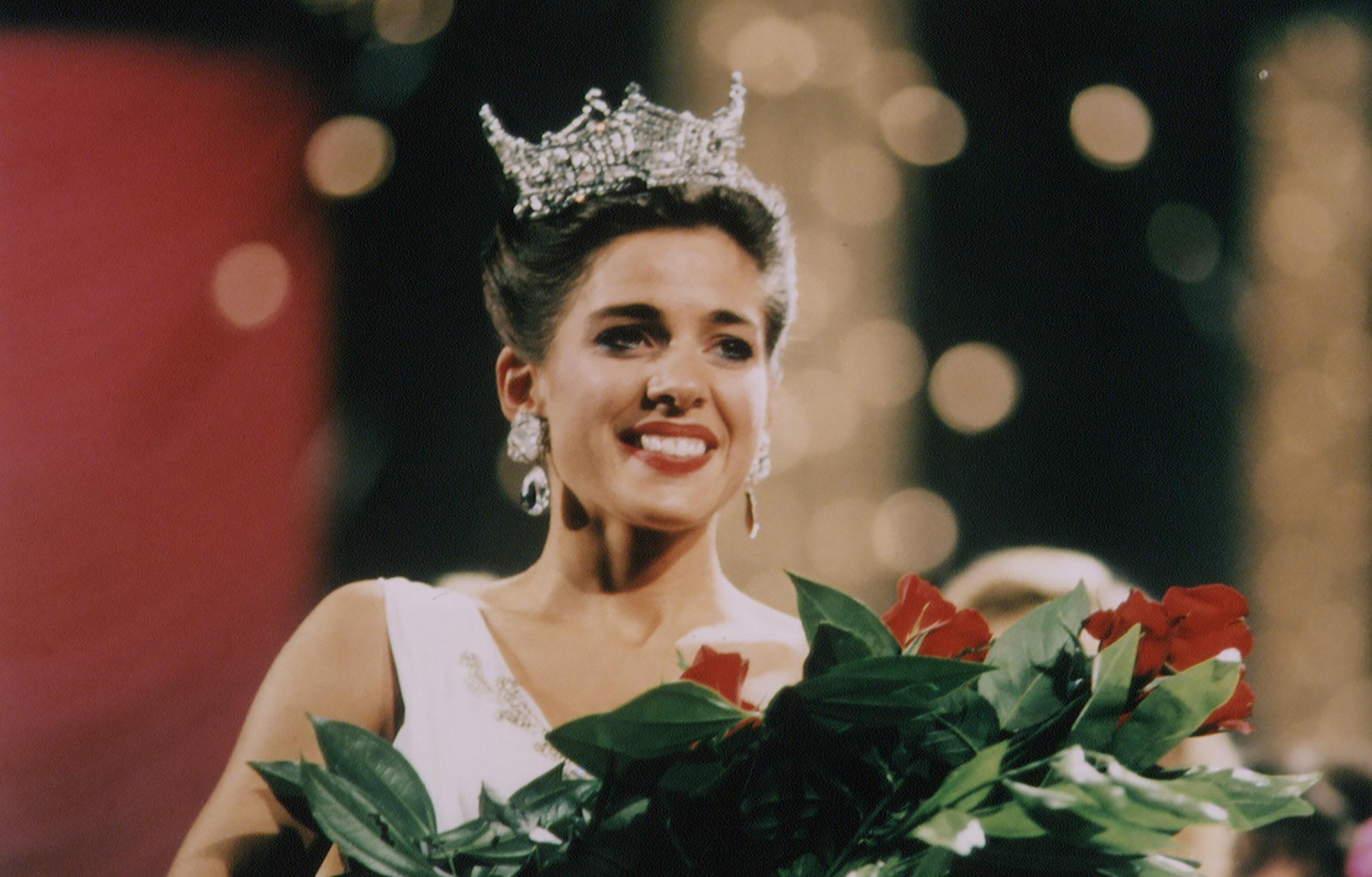 1995: Heather Whitestone from Birmingham, Ala.