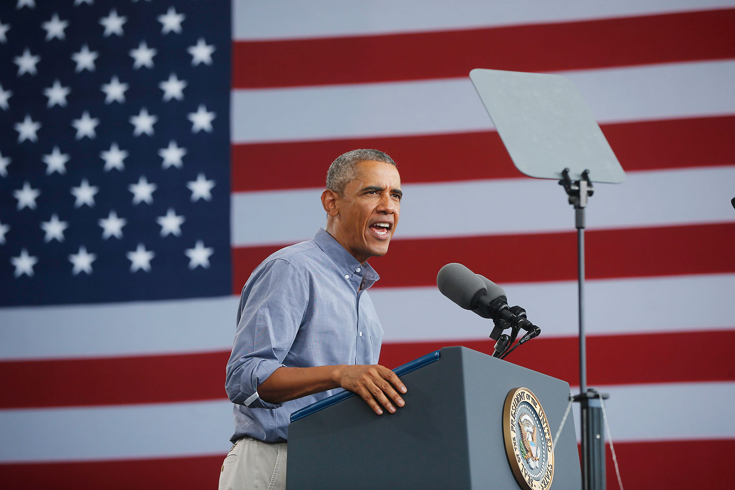 President Barack Obama speaks at Laborfest 2014 at Henry Maier Festival Park in Milwaukee on Labor Day, Sept. 1, 2014