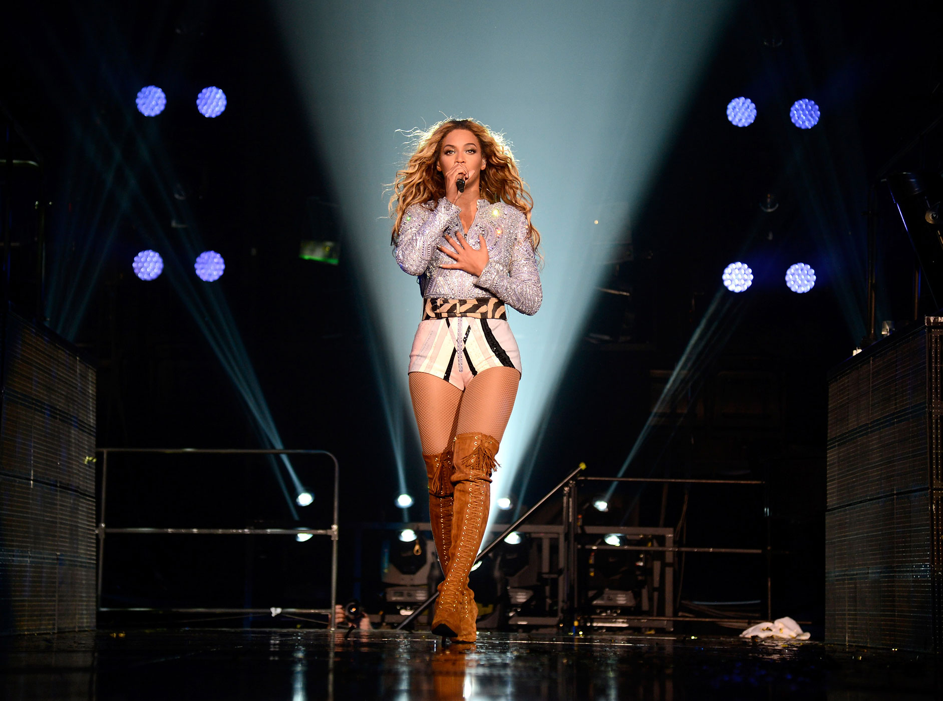 "Beyonce performs on stage during ""The Mrs. Carter Show World Tour"" at the Staples Center on July 1, 2013 in Los Angeles, California."