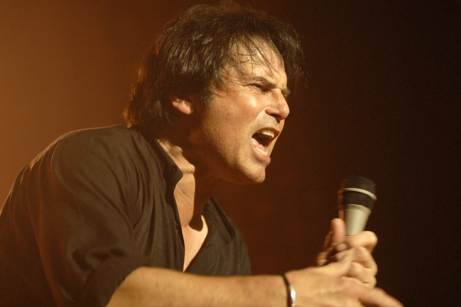 Jimi Jamison performing in Nashville, Tennessee, in 2009.