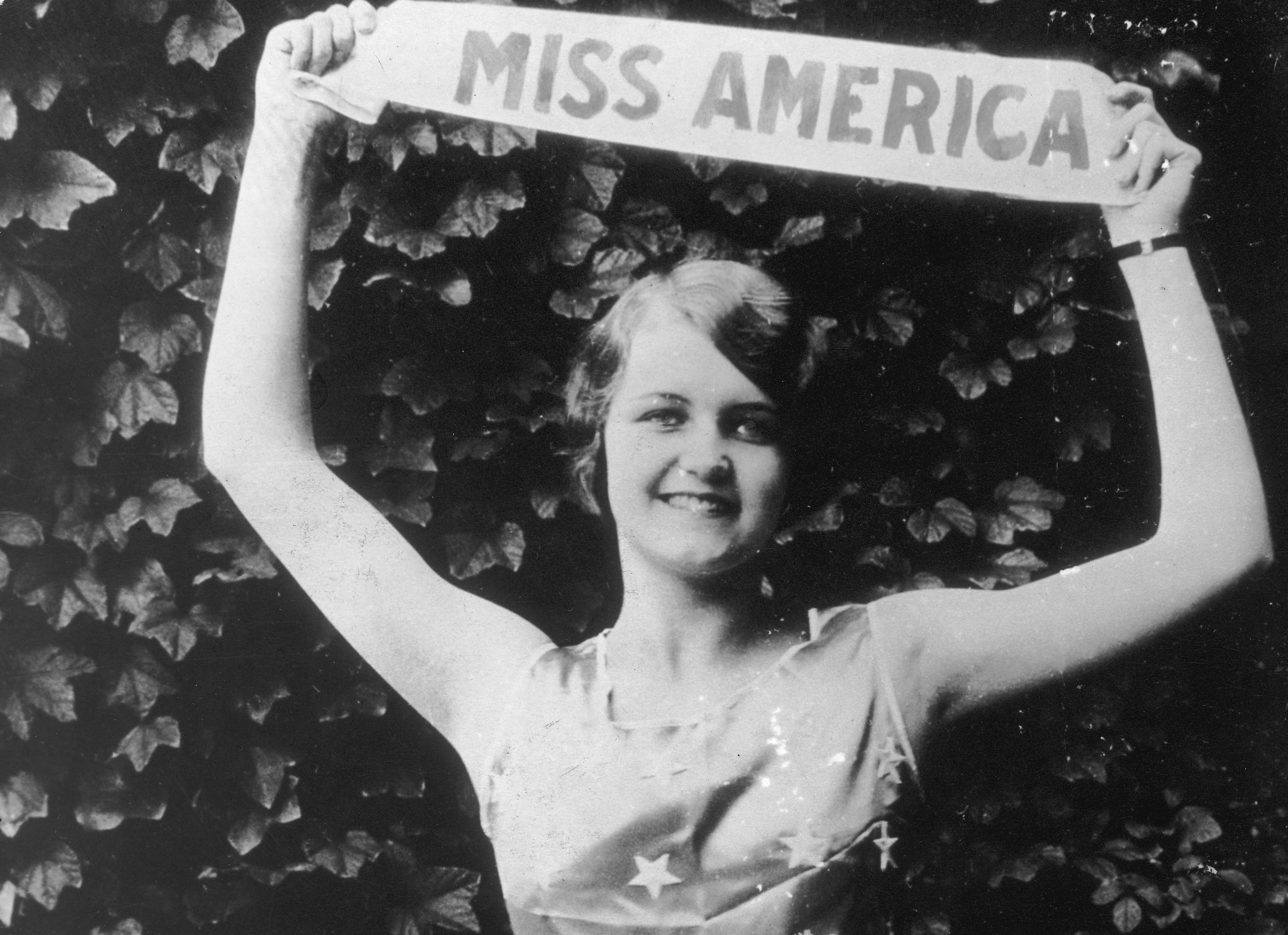 1927: Lois Delander from  Joliet, Ill.