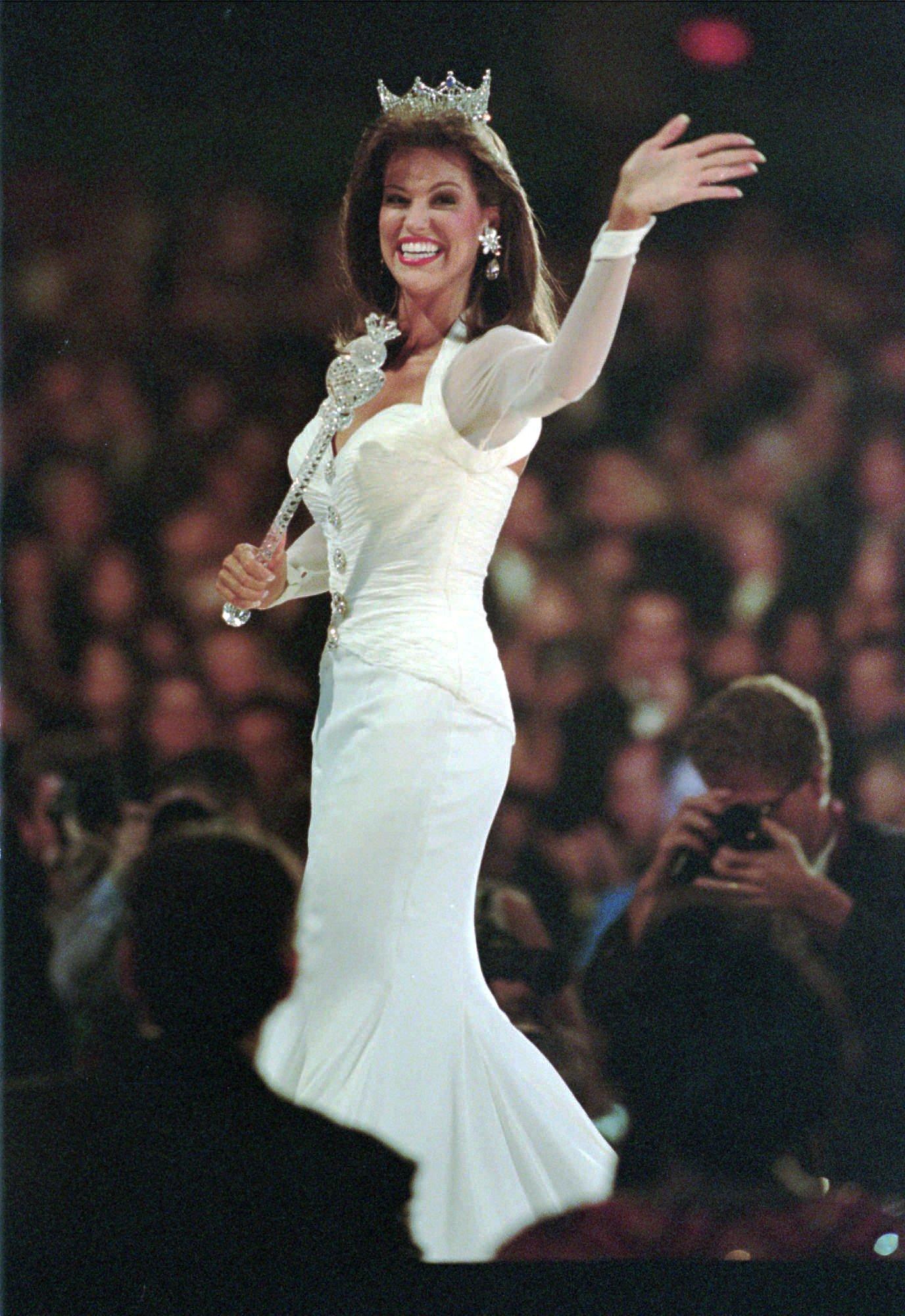 1997: Tara Dawn Holland from Overland Park, Kan.