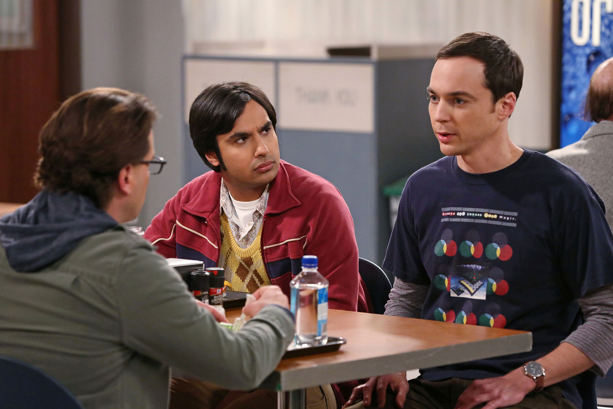3. The Big Bang Theory (CBS) - 94,794 average users pirating worldwide per day