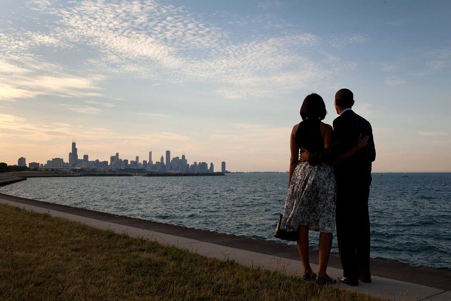 The President and First Lady look out at the city skyline and Lake Michigan after arriving at the Burnham Park landing zone in Chicago, Ill., June 15, 2012.