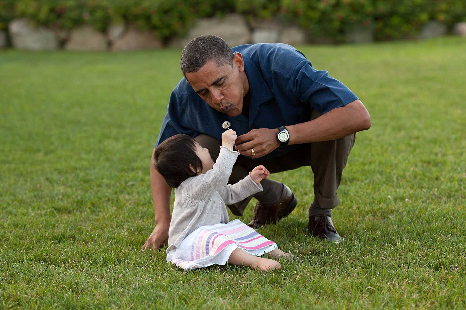 On vacation in Martha's Vineyard, the President shared a moment with his young niece, Savita, Aug. 25, 2009.