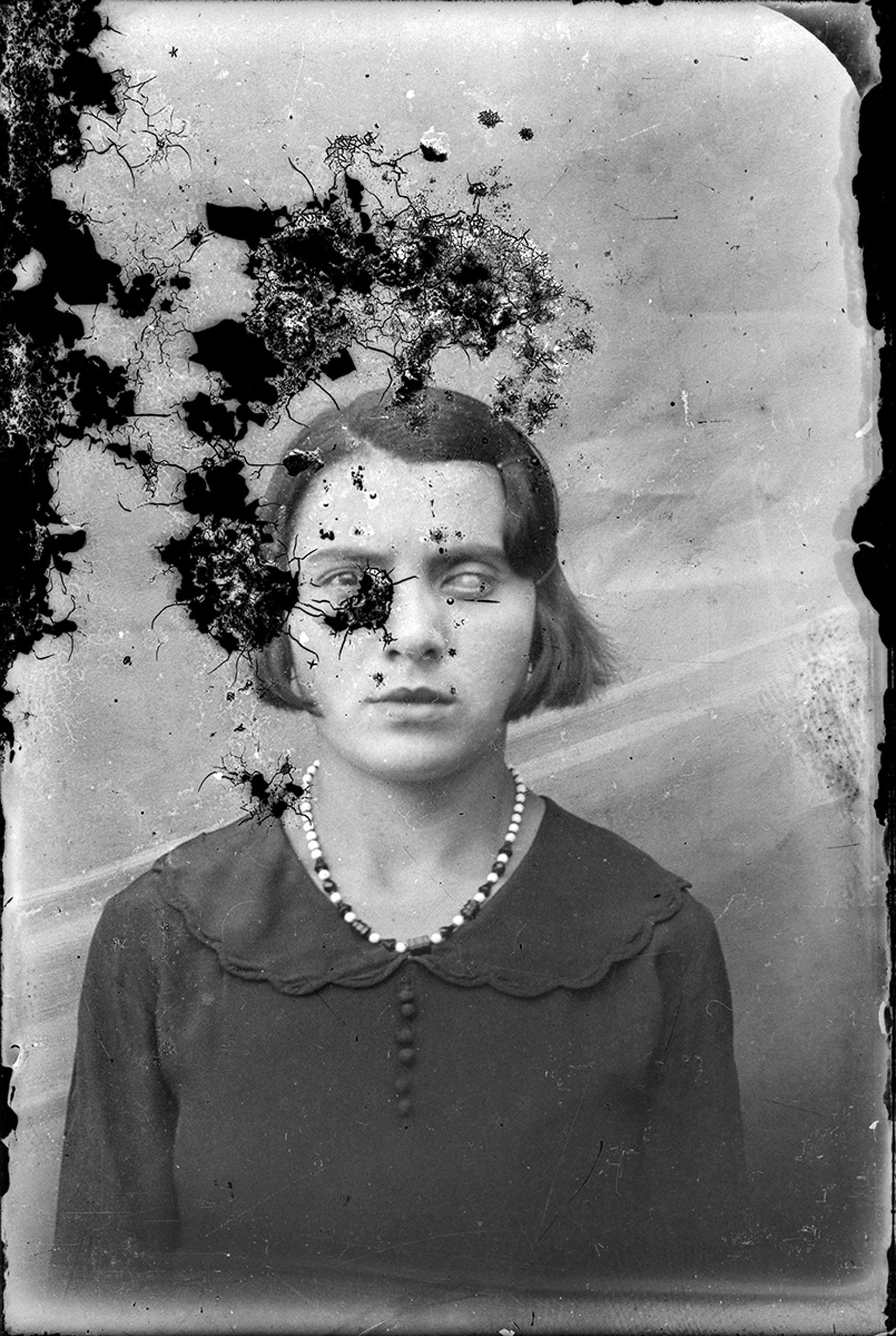 The following portraits from the photographer's 5000 glass plate archive are yet undated. At the time of this writing, over 1000 have been digitized and uploaded to Flickr.ca_20140105_018