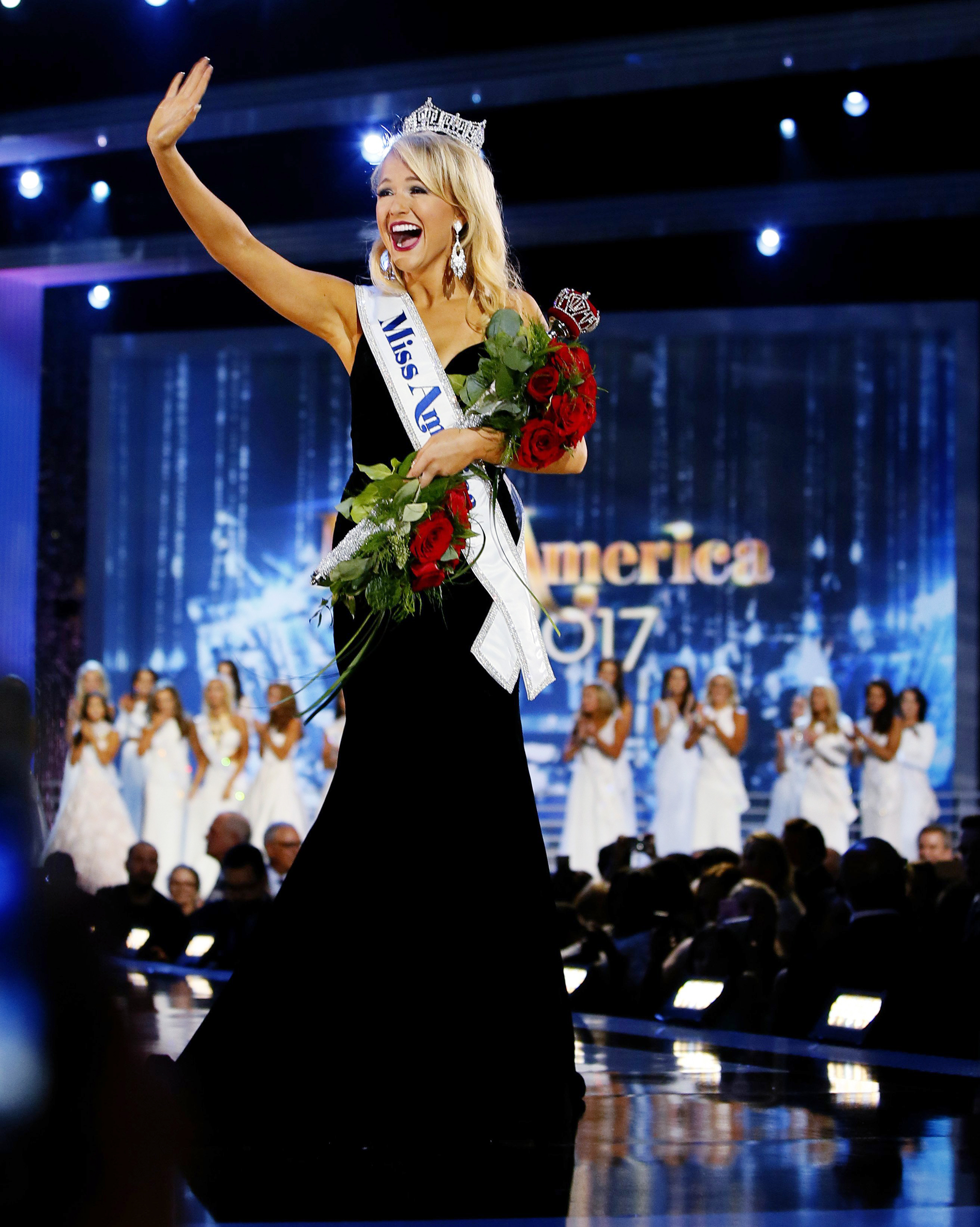 Miss Arkansa, Savvy Shields, waves to crowd after being named new the Miss America 2017 in Atlantic City, N.J., Sept. 11, 2016.