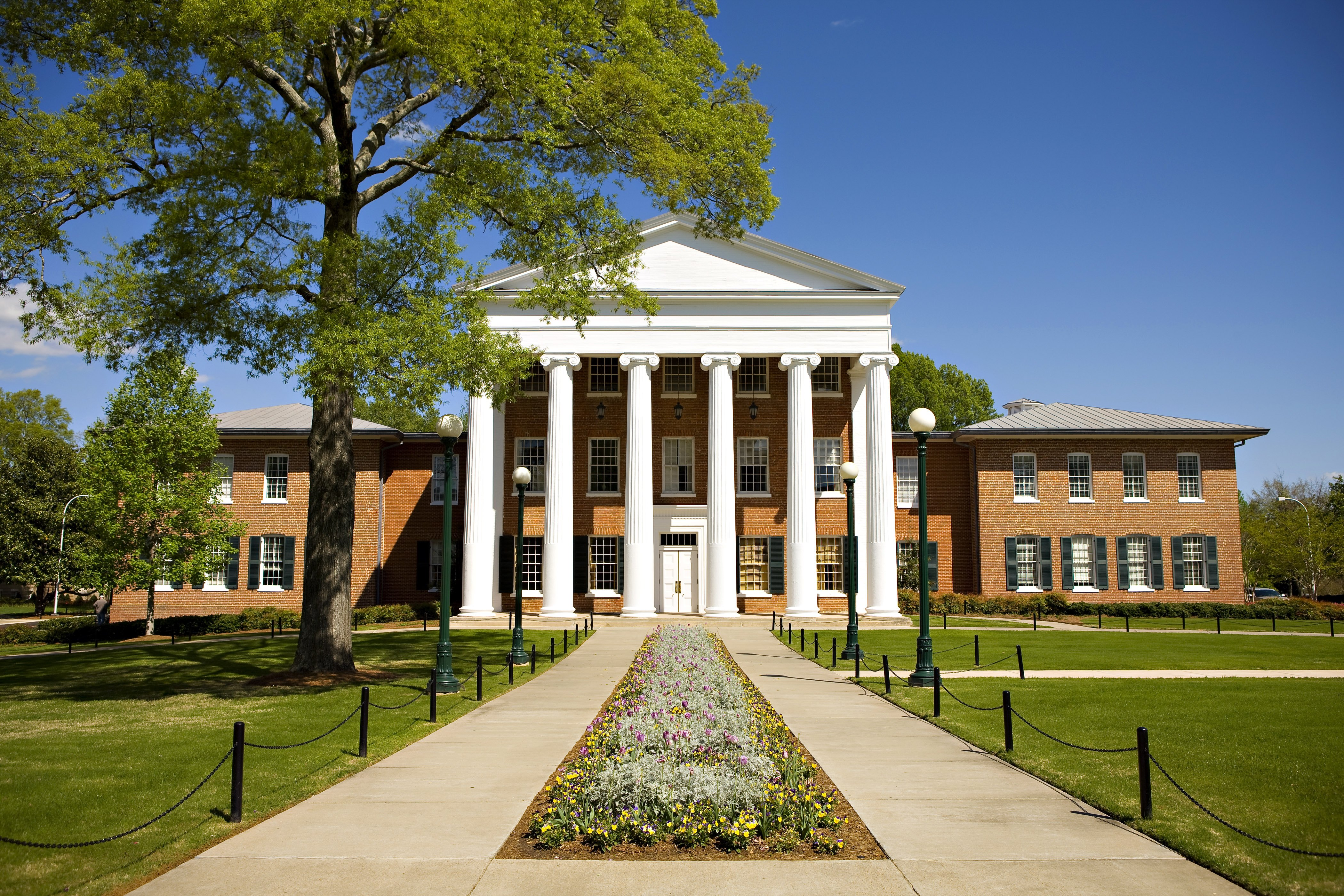 The Lyceum, the oldest building on the campus of the University of Mississippi