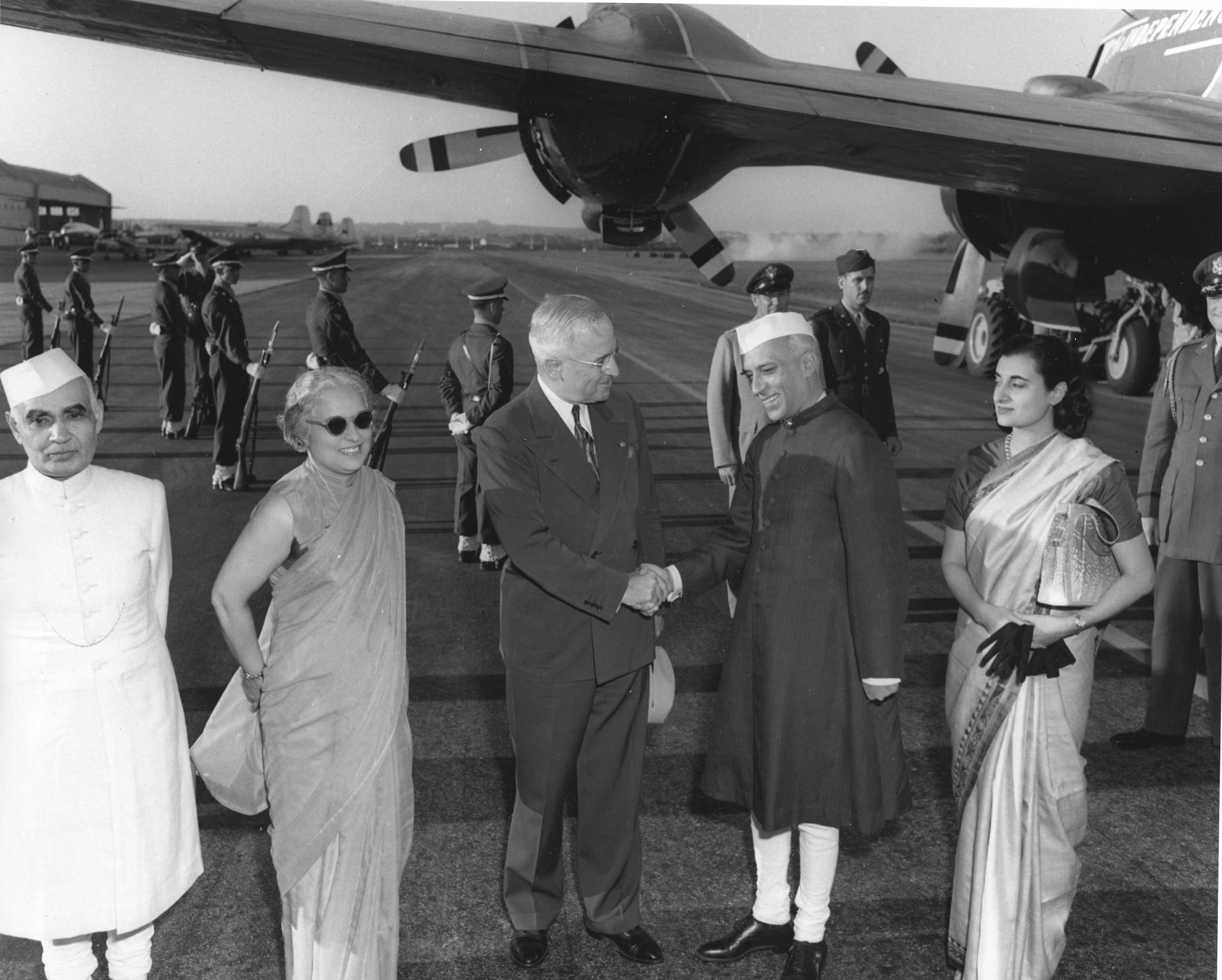 <b>1949:</b> Indian Prime Minister Jawaharlal Nehru takes his first trip to the US and meets with President Harry S. Truman in Washington, Oct. 11, 1949.