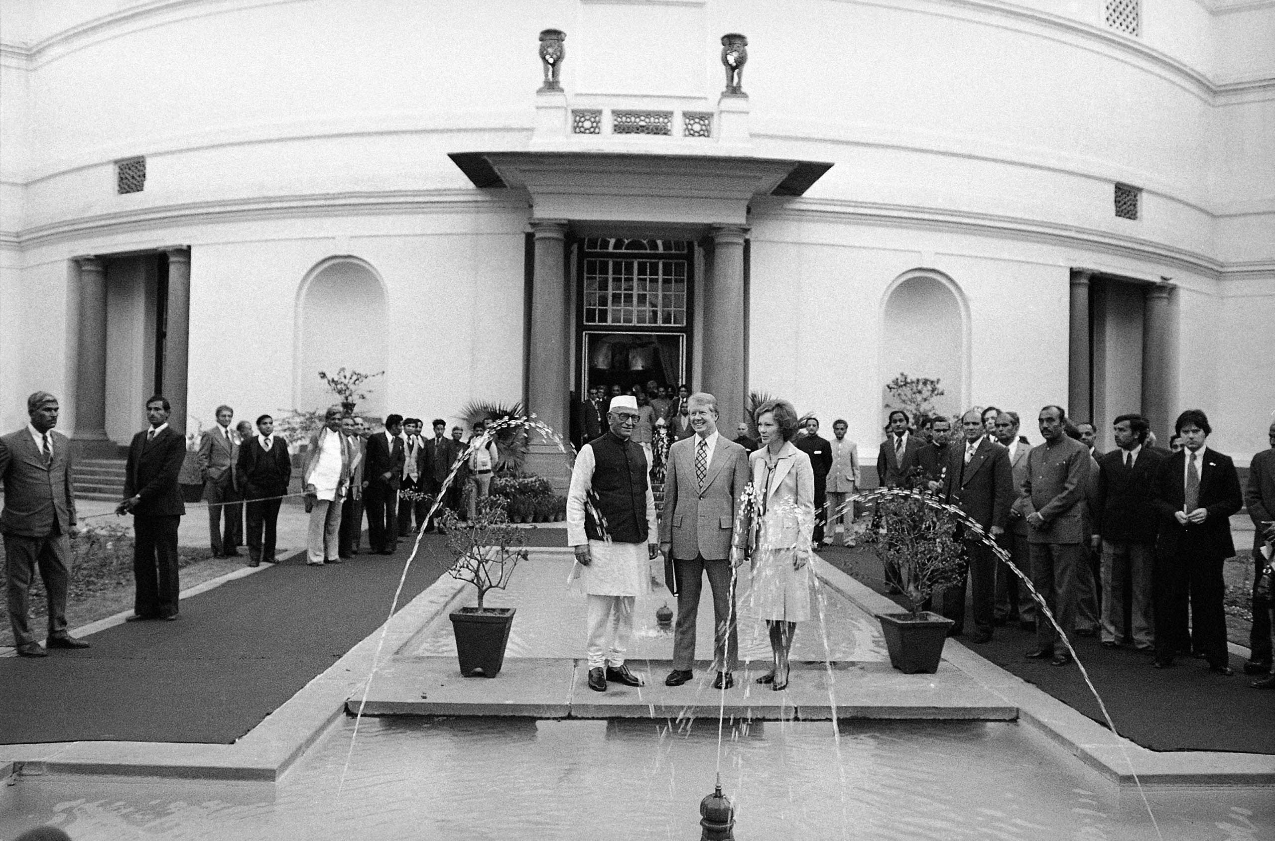 <b>1978:</b> When the anti-Soviet Janata Party came to power in the late 70s, Indian relations with the US began to improve. President Jimmy Carter visited Indian Prime Minister Morarji Desai in New Delhi in 1978.