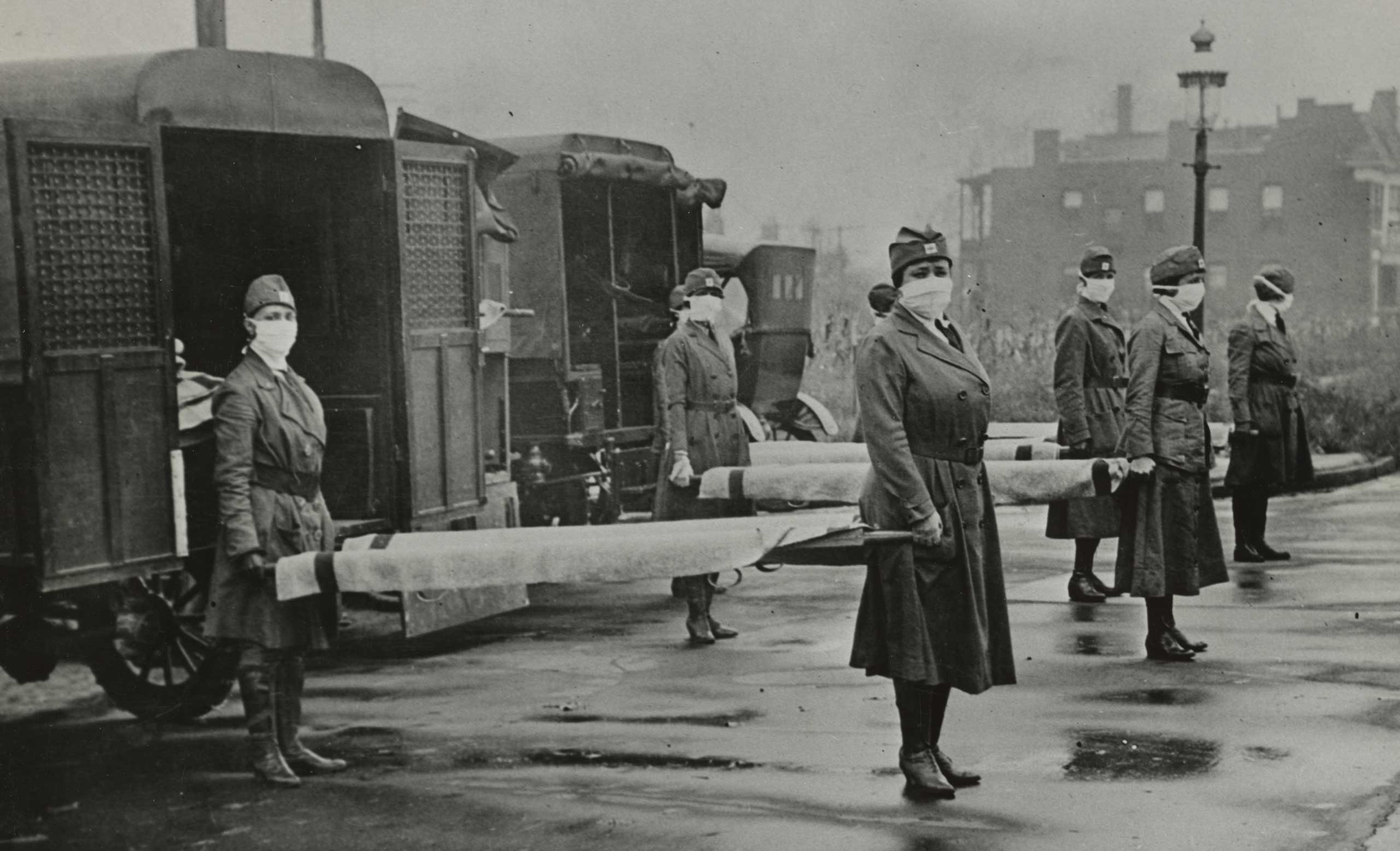St. Louis Red Cross Motor Corps on duty during the influenza pandemic, 1918.