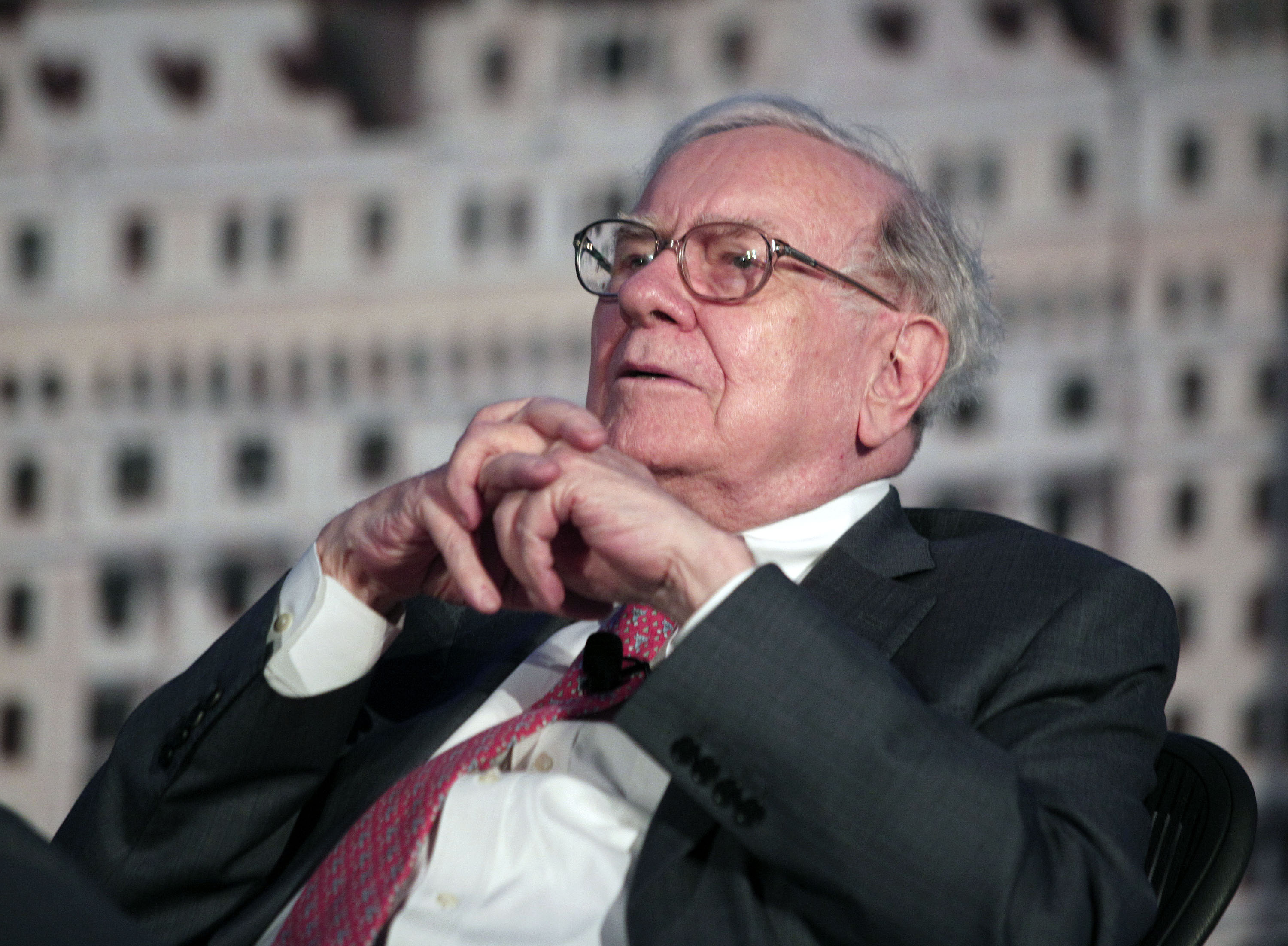 <strong>Berkshire Hathaway</strong> Berkshire Hathaway's per-share book value climbed 18.2% in 2013, but it underperformed the Standard &amp; Poor's 500 index, which grew by more than 32% with dividends. The company traditionally outperforms the S&amp;P when the index falls or moderately rises, but falls short in years when the market is strong. Berkshire kicked off 2013 with a big-name acquisition, joining 3G Capital to pay $23 billion to acquire H.J. Heinz. The earnings boost from that deal, which closed in June, is expected to be substantial in 2014, according to Chief Executive Warren Buffett.
