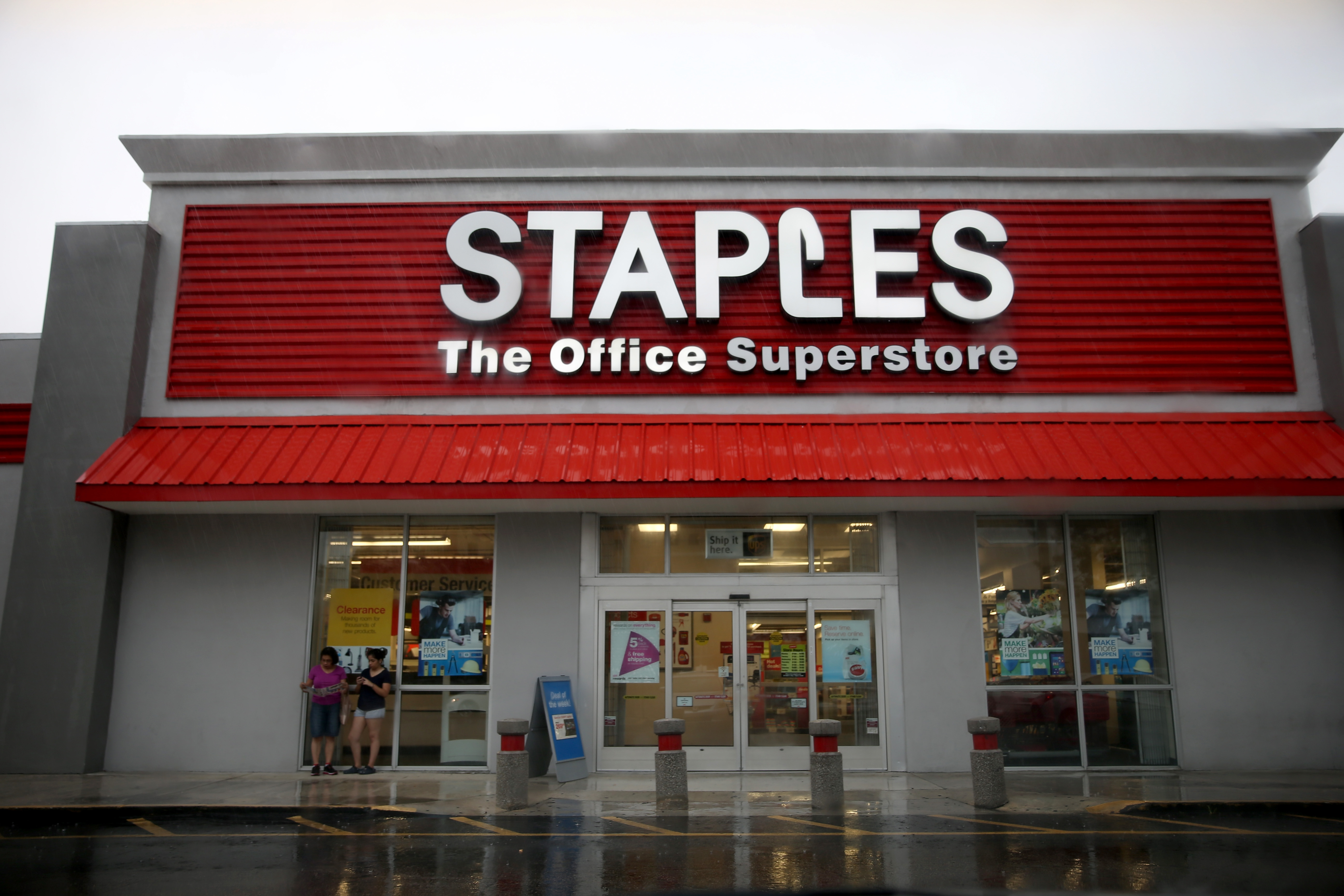 A Staples store is seen on March 6, 2014 in Miami, Florida.