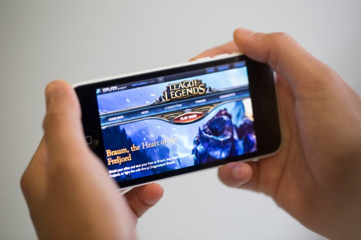 Images Of Online Games As Tencent $1 Billion Game Shows Global Hunt for Mobile Hits