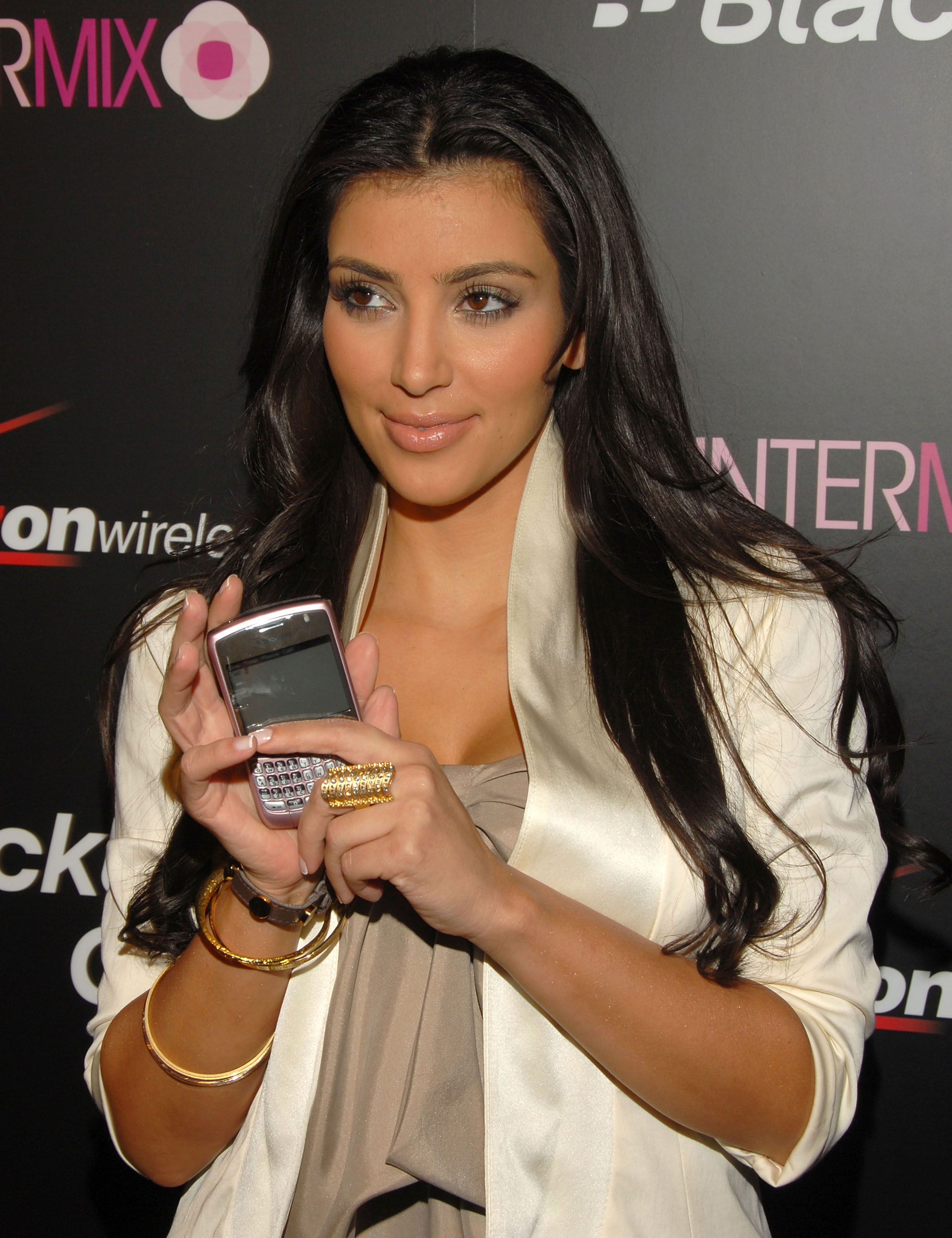 Television personality Kim Kardashian arrives at Verizon Wireless' exclusive launch party for the Blackberry 8330 Pink Curve in 2008